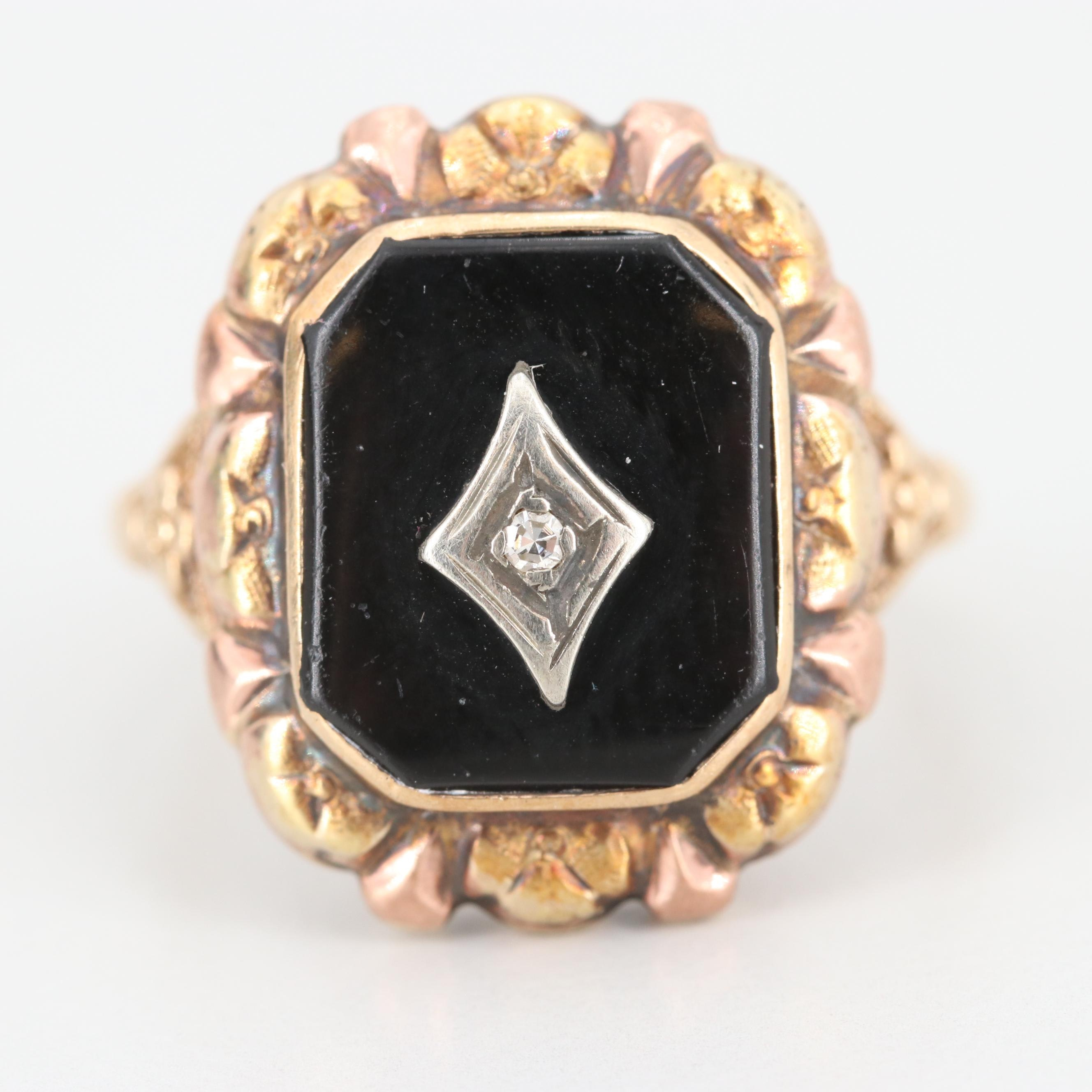 Vintage 10K Yellow Gold Black Onyx and Diamond Ring