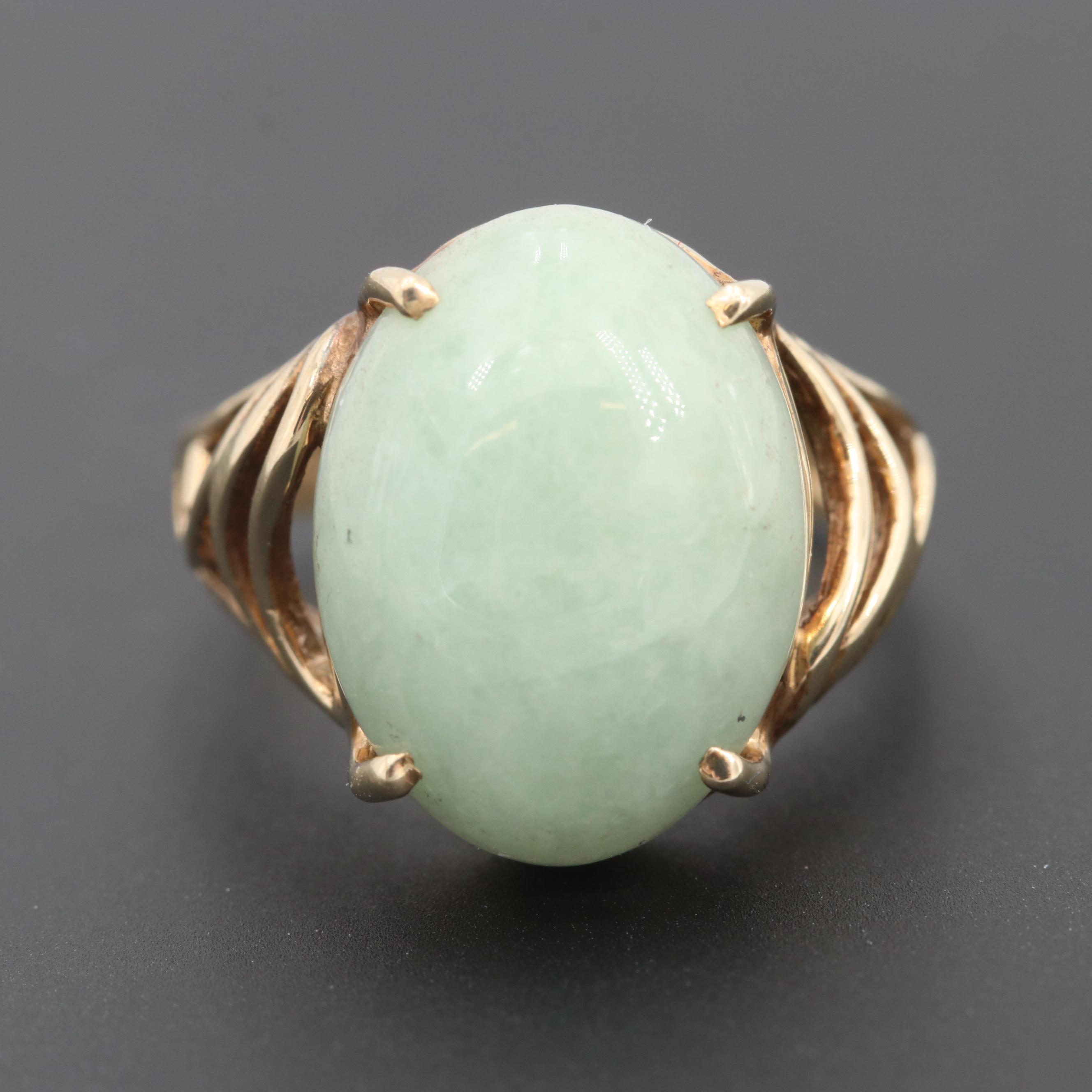 10K Yellow Gold Jadeite Ring