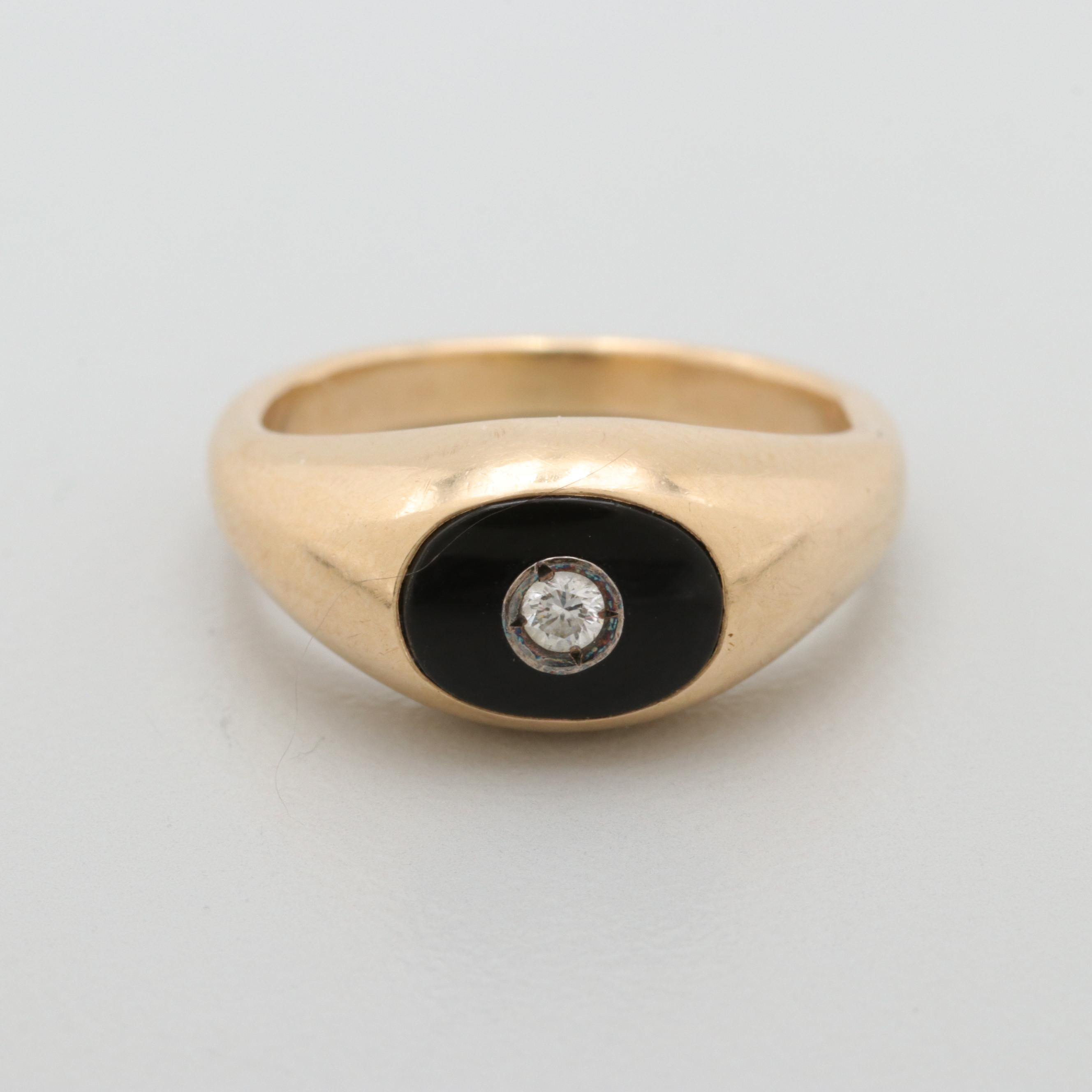 Vintage 14K Yellow Gold Diamond and Black Onyx Ring