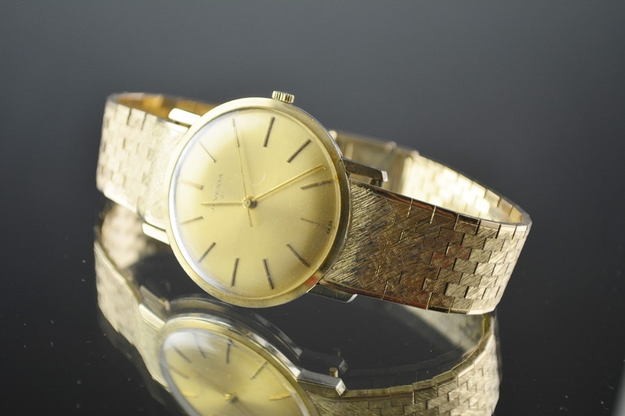 Vintage Juvenia Slimatic 10K Gold Bracelet Automatic Wristwatch