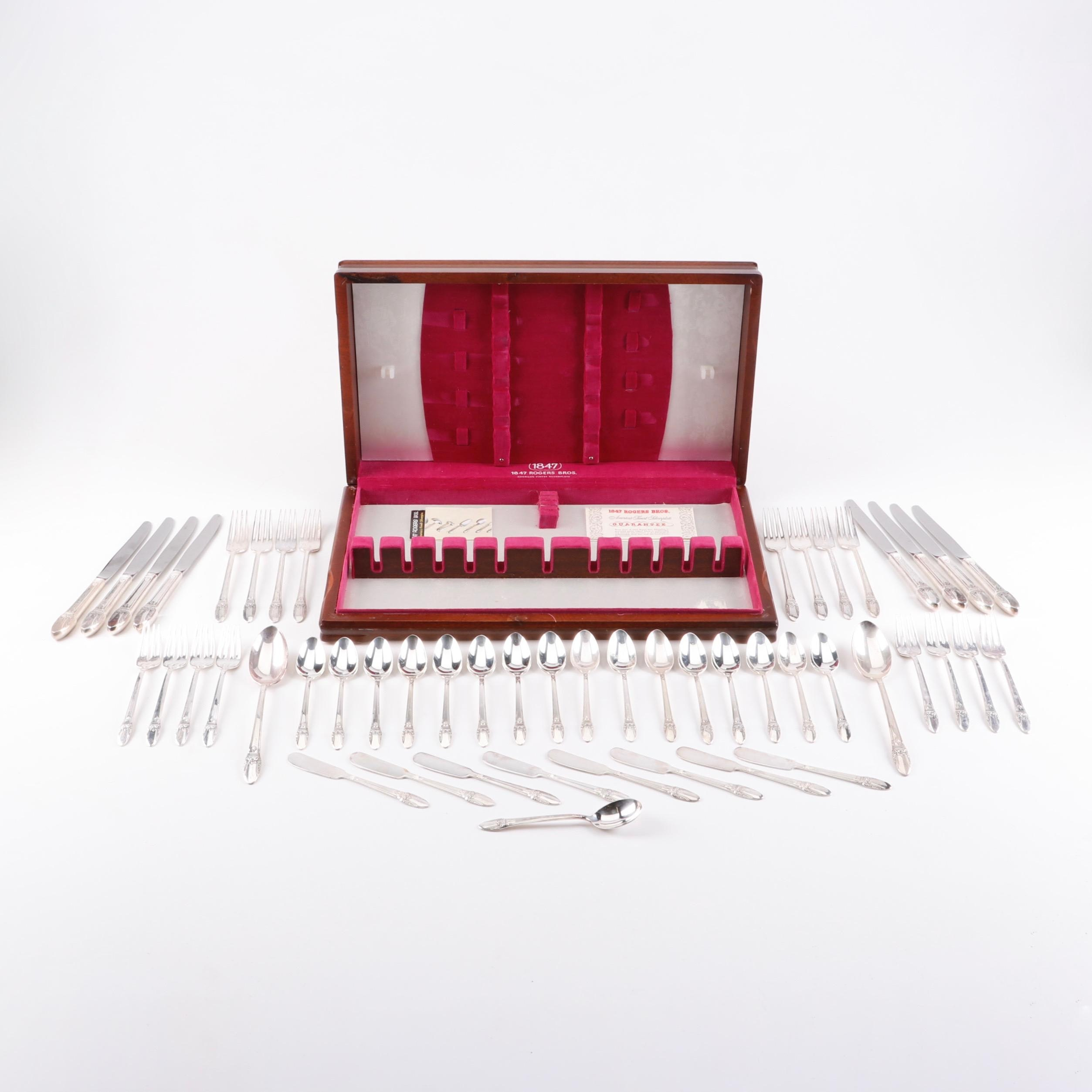 "Silverplate 1847 Rogers Bros ""First Love"" Flatware Set"