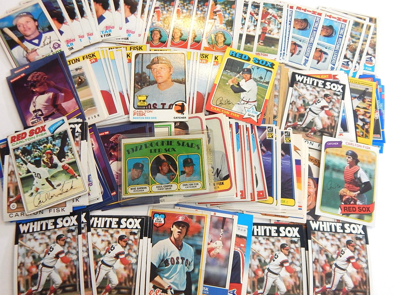 (HOF) Carlton Fisk Baseball Card Collection form 1970s and 1980s with RC