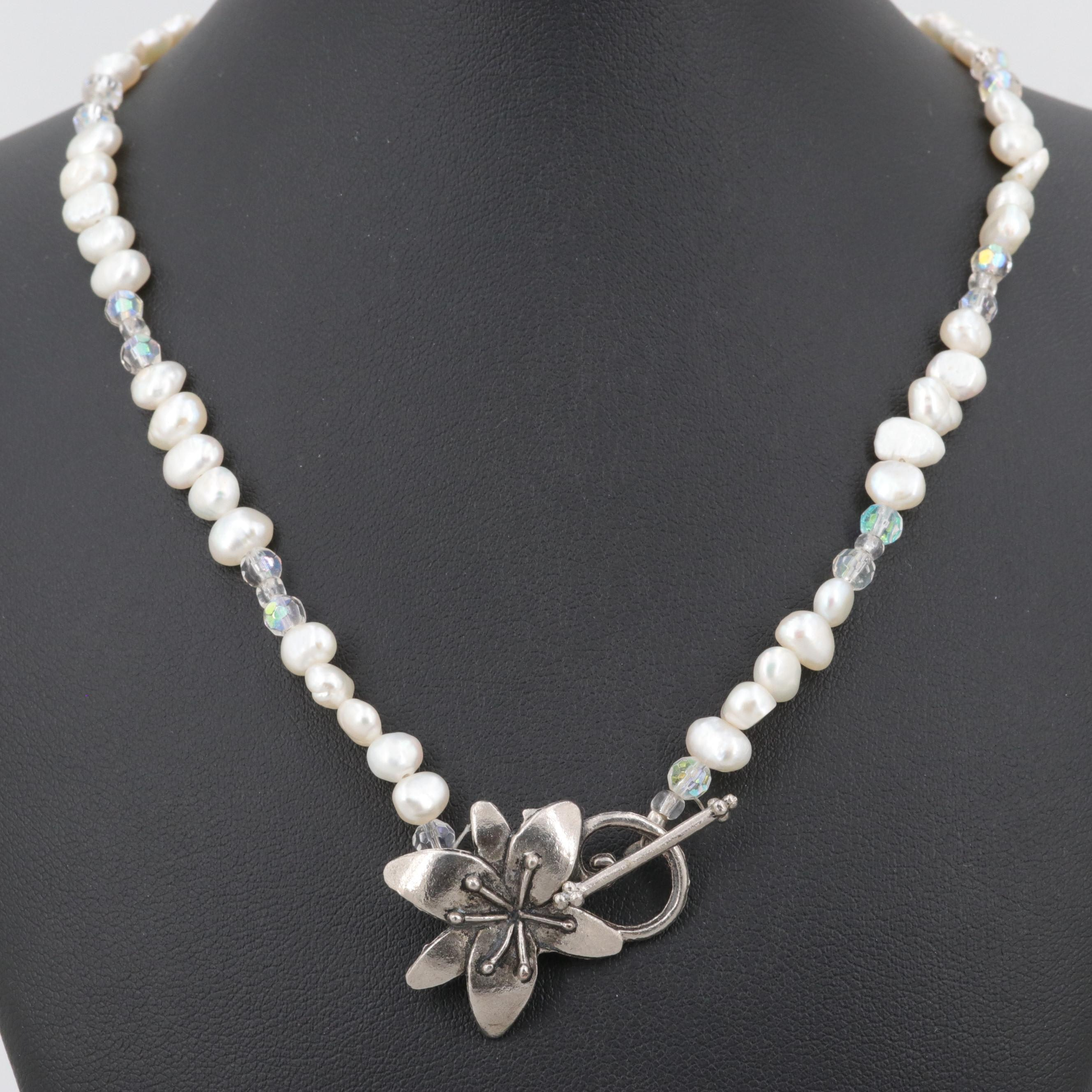Silver Tone Cultured Pearl and Glass Necklace