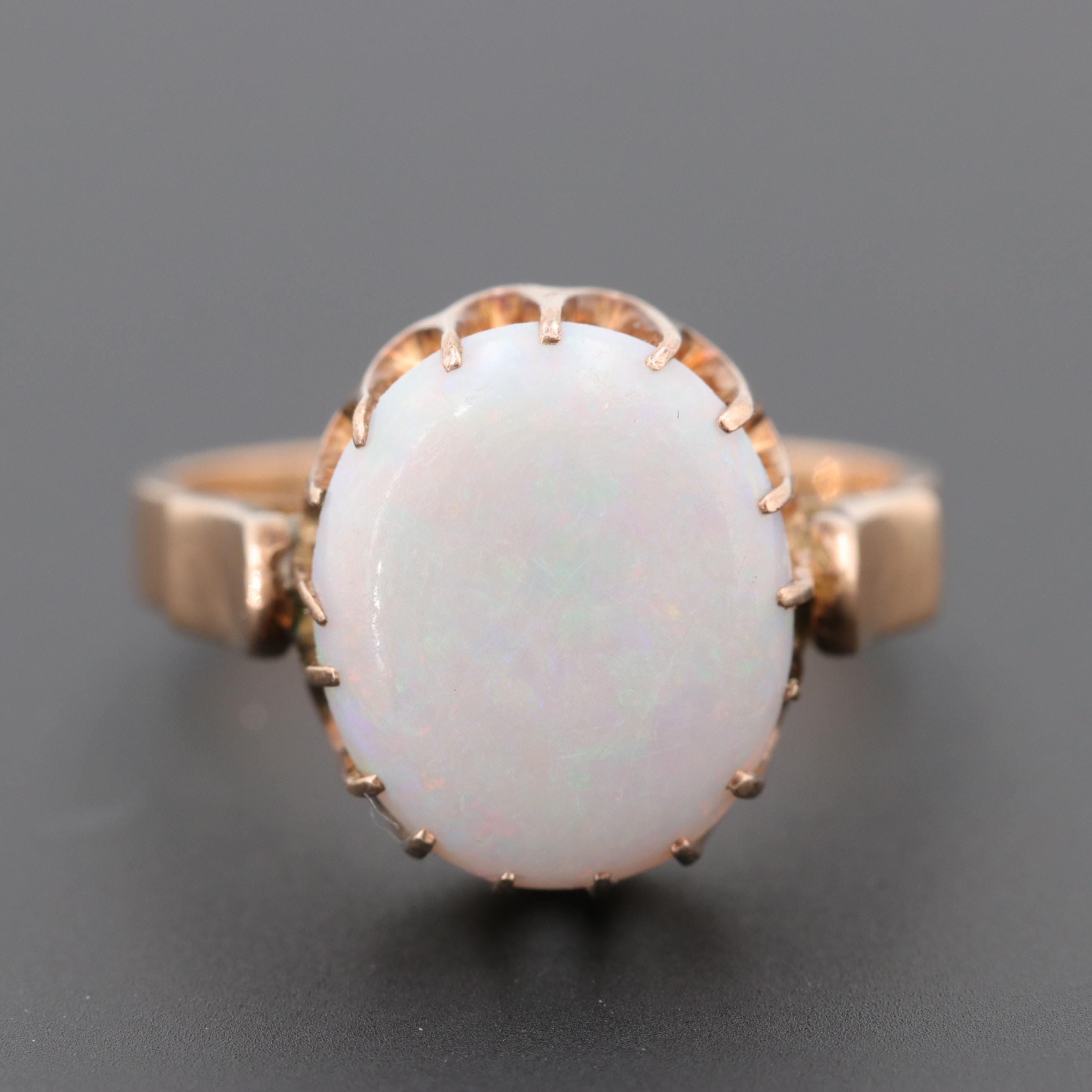 Vintage 14K Yellow Gold Opal Ring