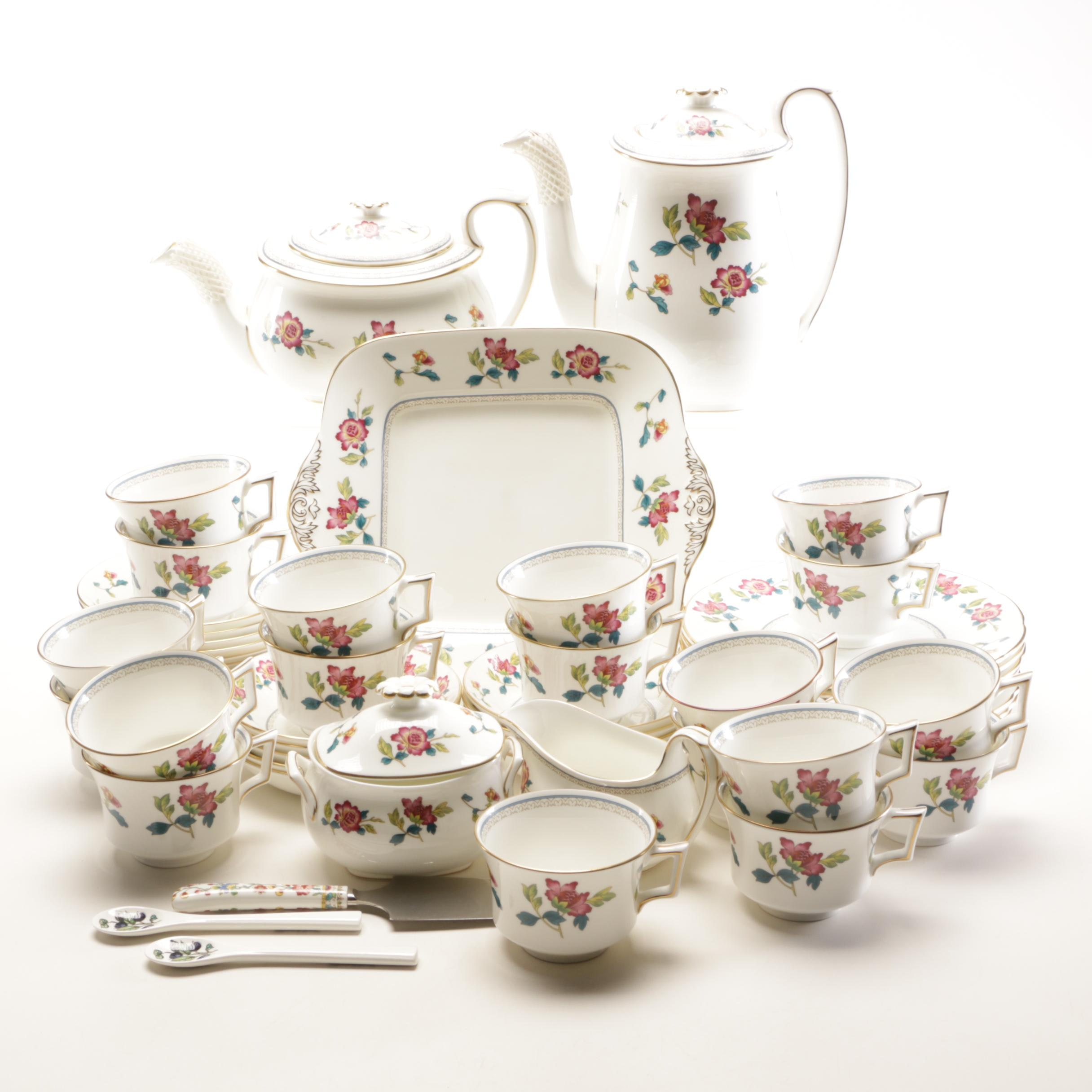 "Wedgwood Williamsburg ""Chinese Flowers"" Bone China Tableware"