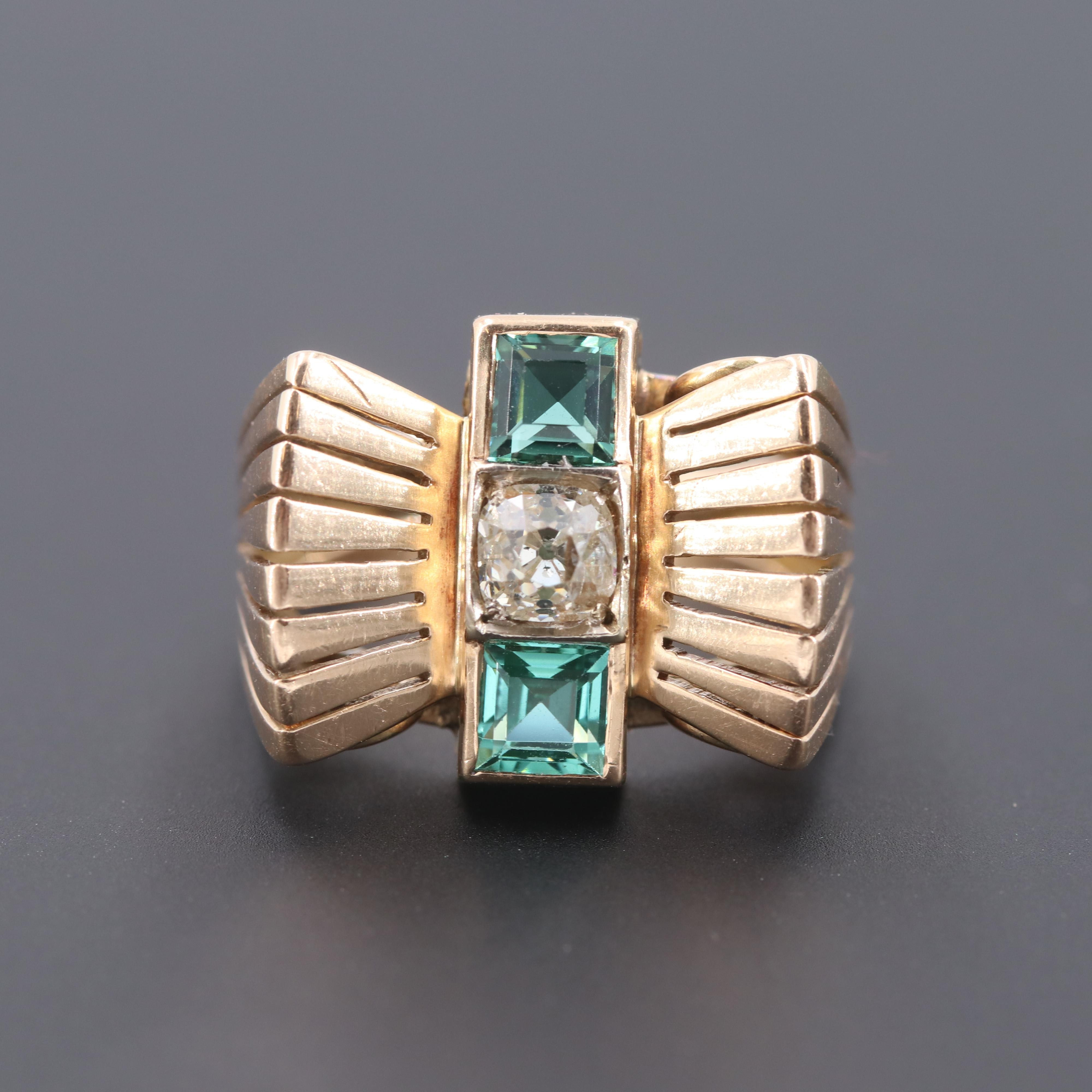 Circa 1940's Vintage 14K Yellow Gold Diamond and Hiddenite Ring