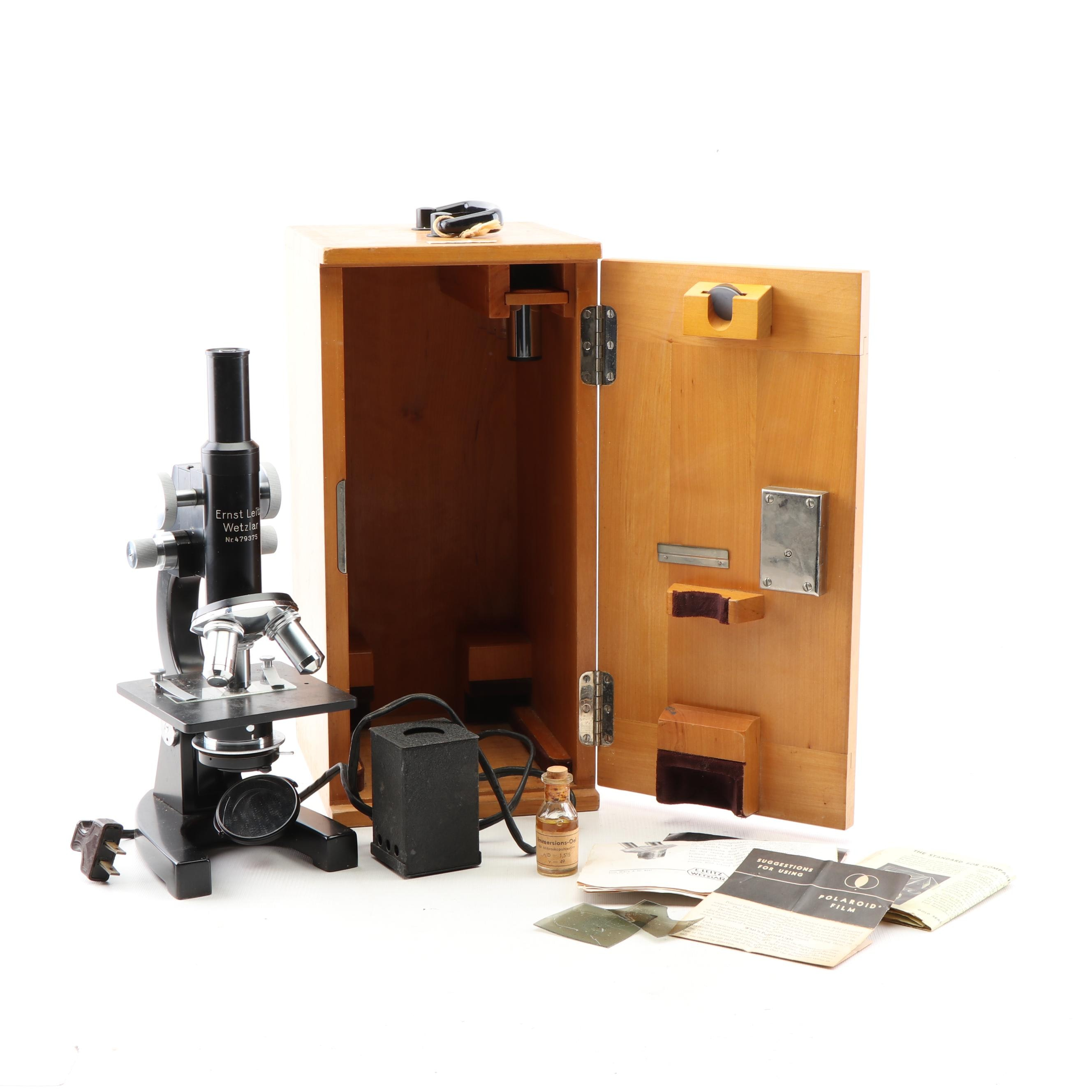Ernst Leitz Wetzlar 479375 Microscope in Wooden Case with Accessories, Vintage