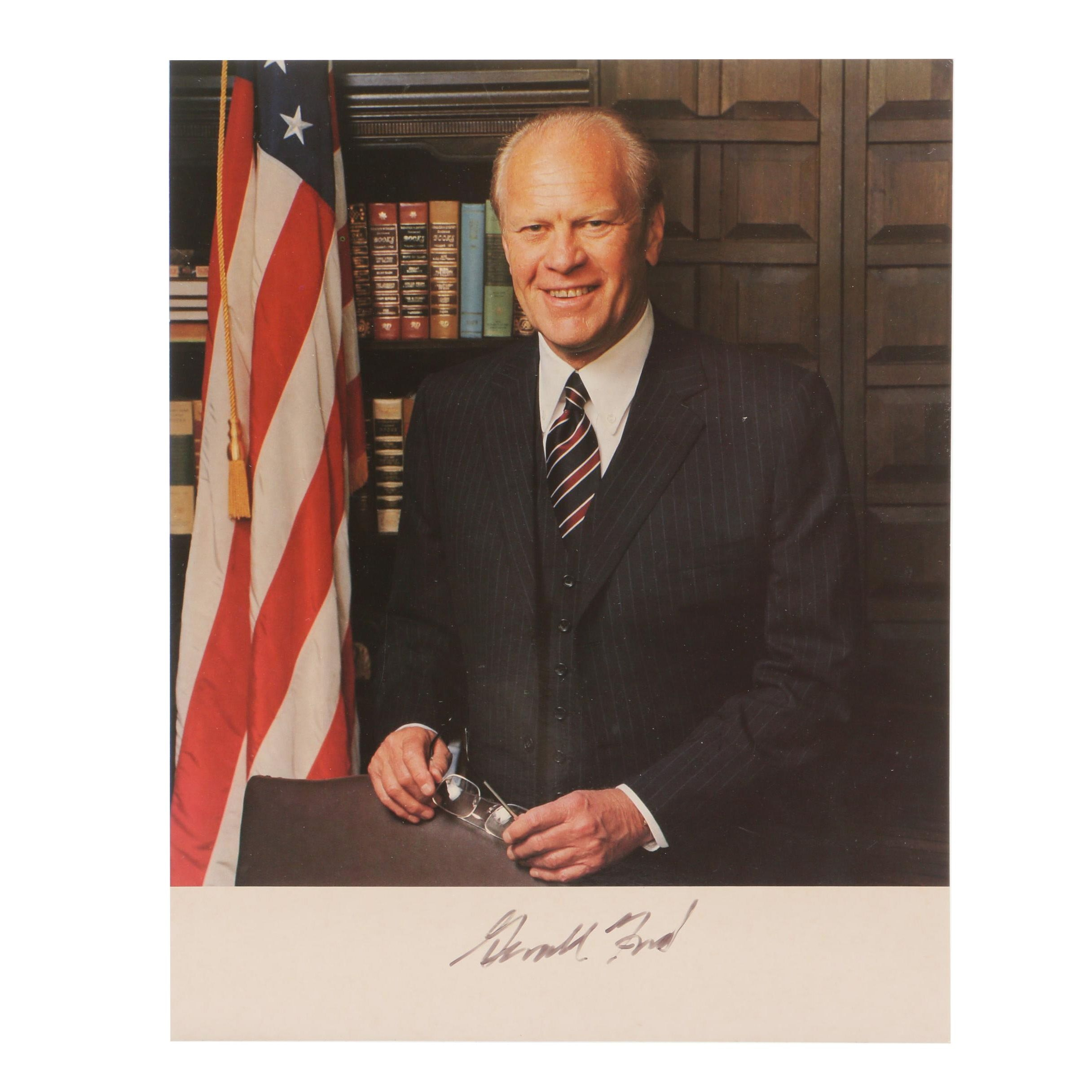Gerald Ford Signed Picture  Visual COA