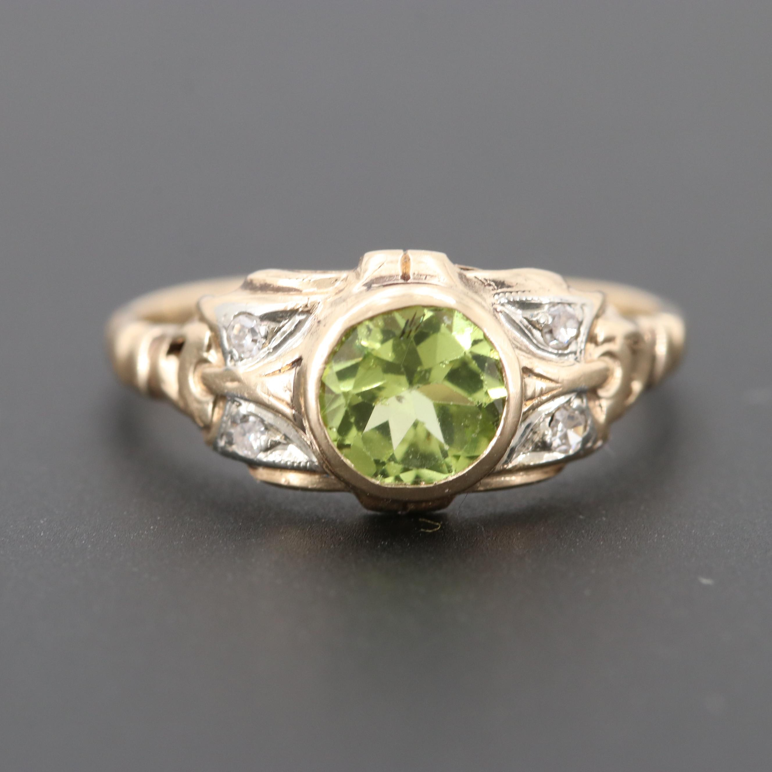 Vintage 1930s 14K Yellow Gold Peridot and Diamond Ring with White Gold Accents