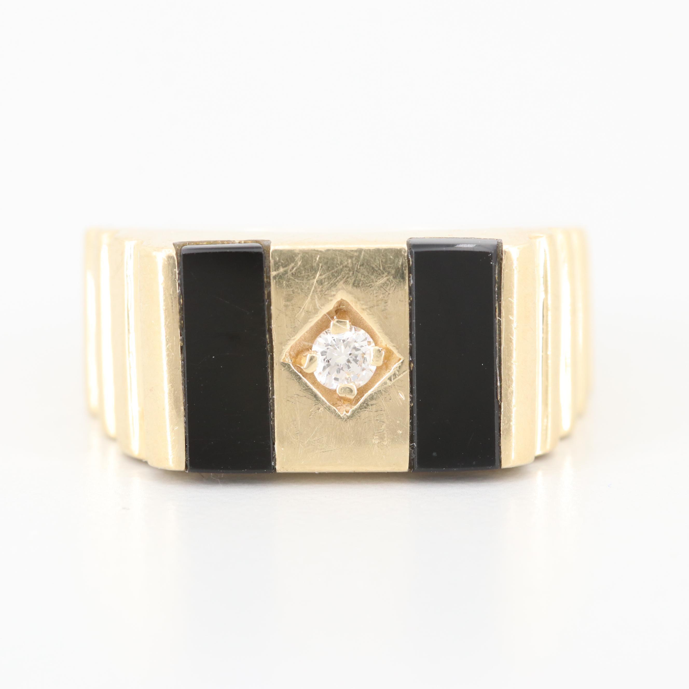 Vintage 14K Yellow Gold Diamond and Black Onyx Ring