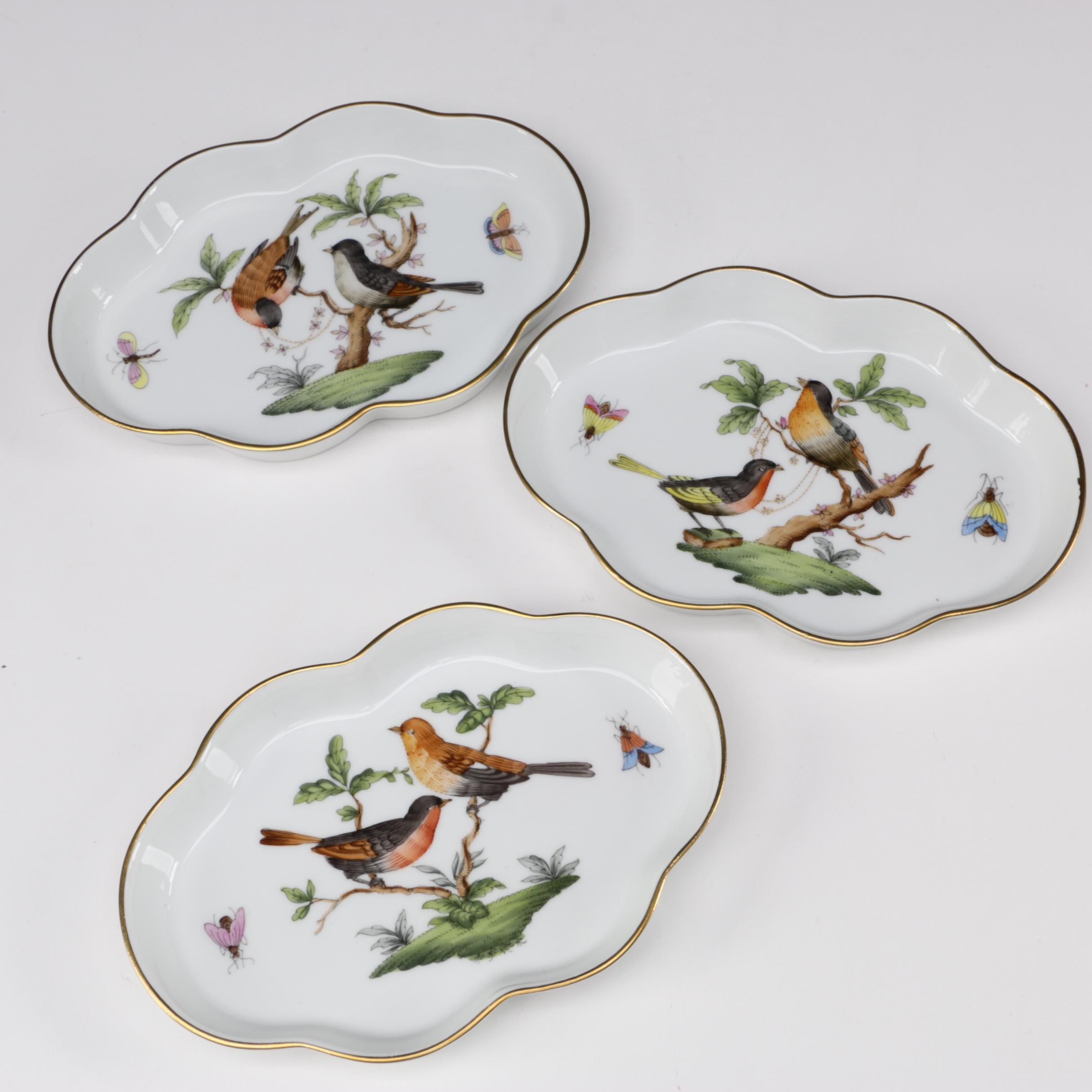 "Herend ""Rothschild Bird"" Porcelain Scalloped Trays"