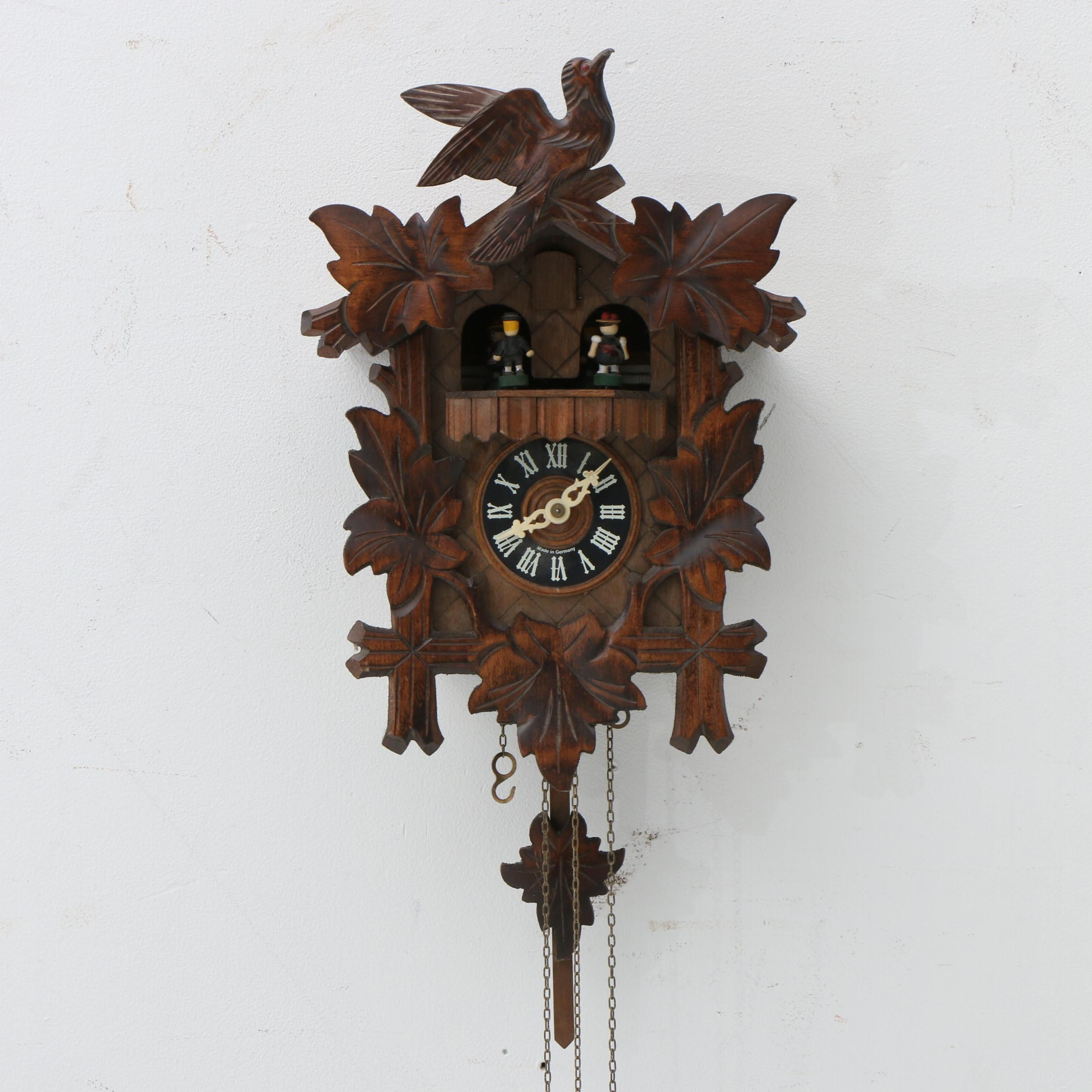 D. Hones German Black Forest Musical Cuckoo Clock