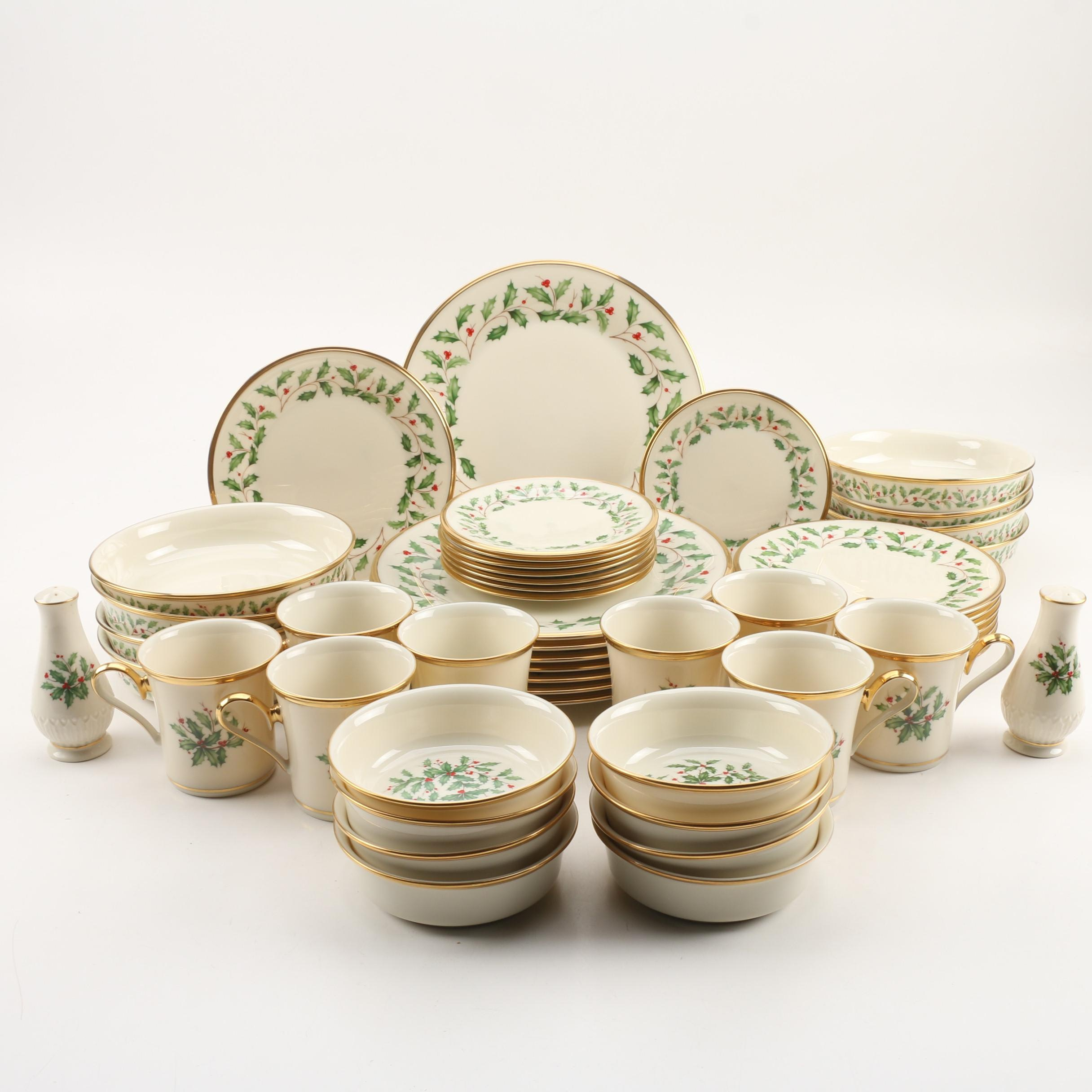 "Lenox ""Holiday"" Porcelain Dinnerware Service for Eight"