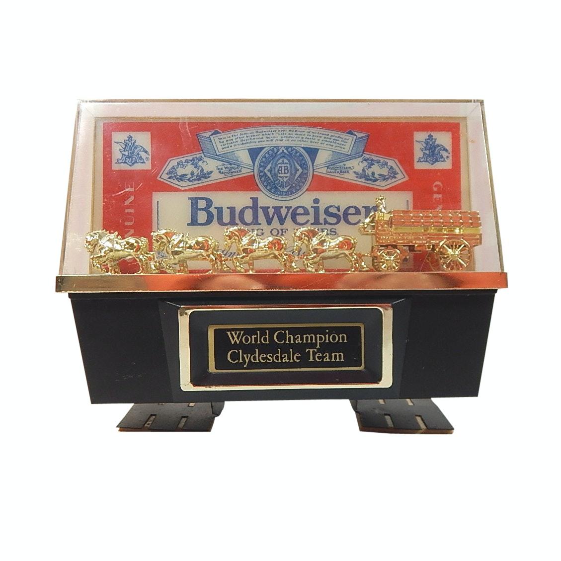 Budweiser World Champion Clydesdale Team Light Up Shelf Sign