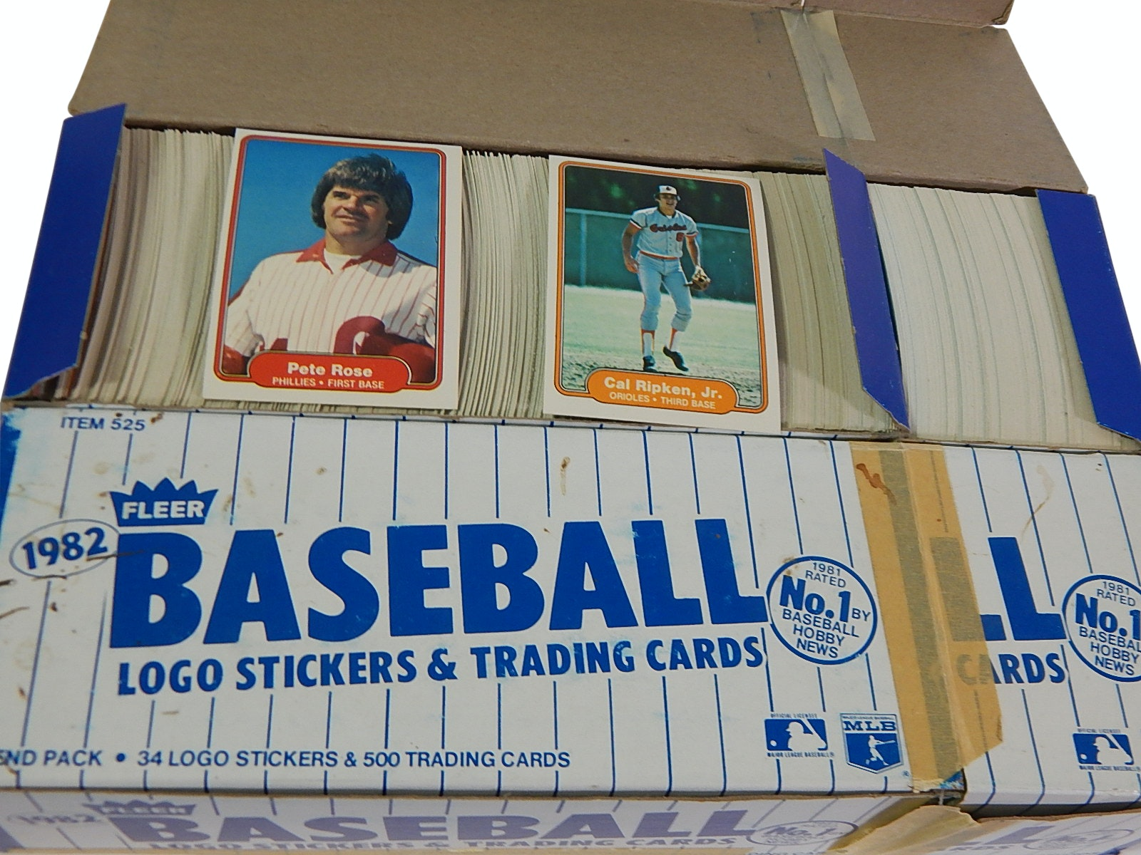 Two Vending Boxes of 1982 Fleer Baseball Cards with Rose, Rikpen Rookie