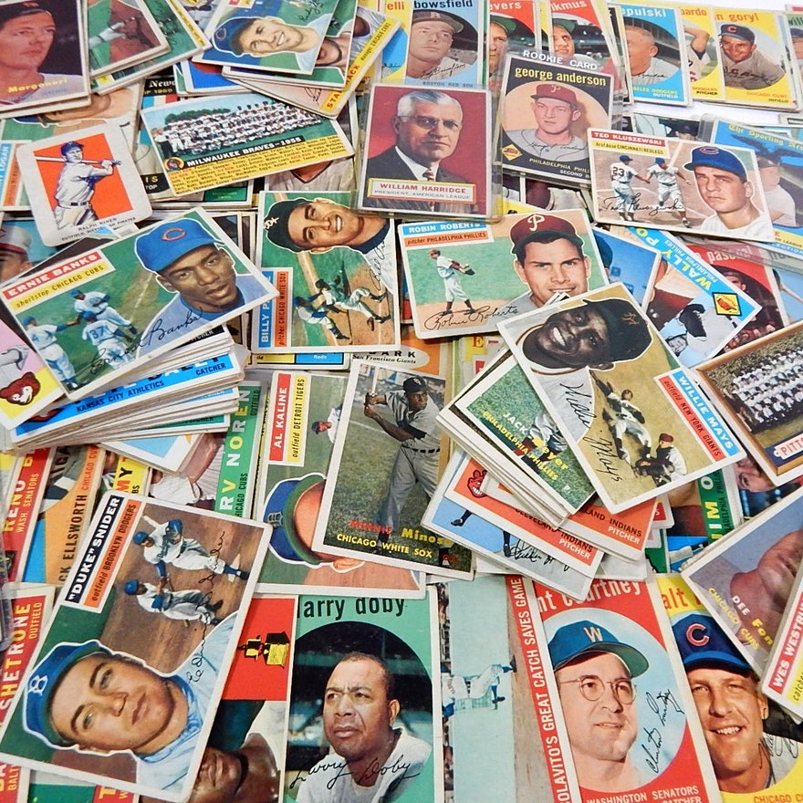 Large Vintage Baseball Card Lot From 1952 To 1961 With 1956 Topps Willie Mays