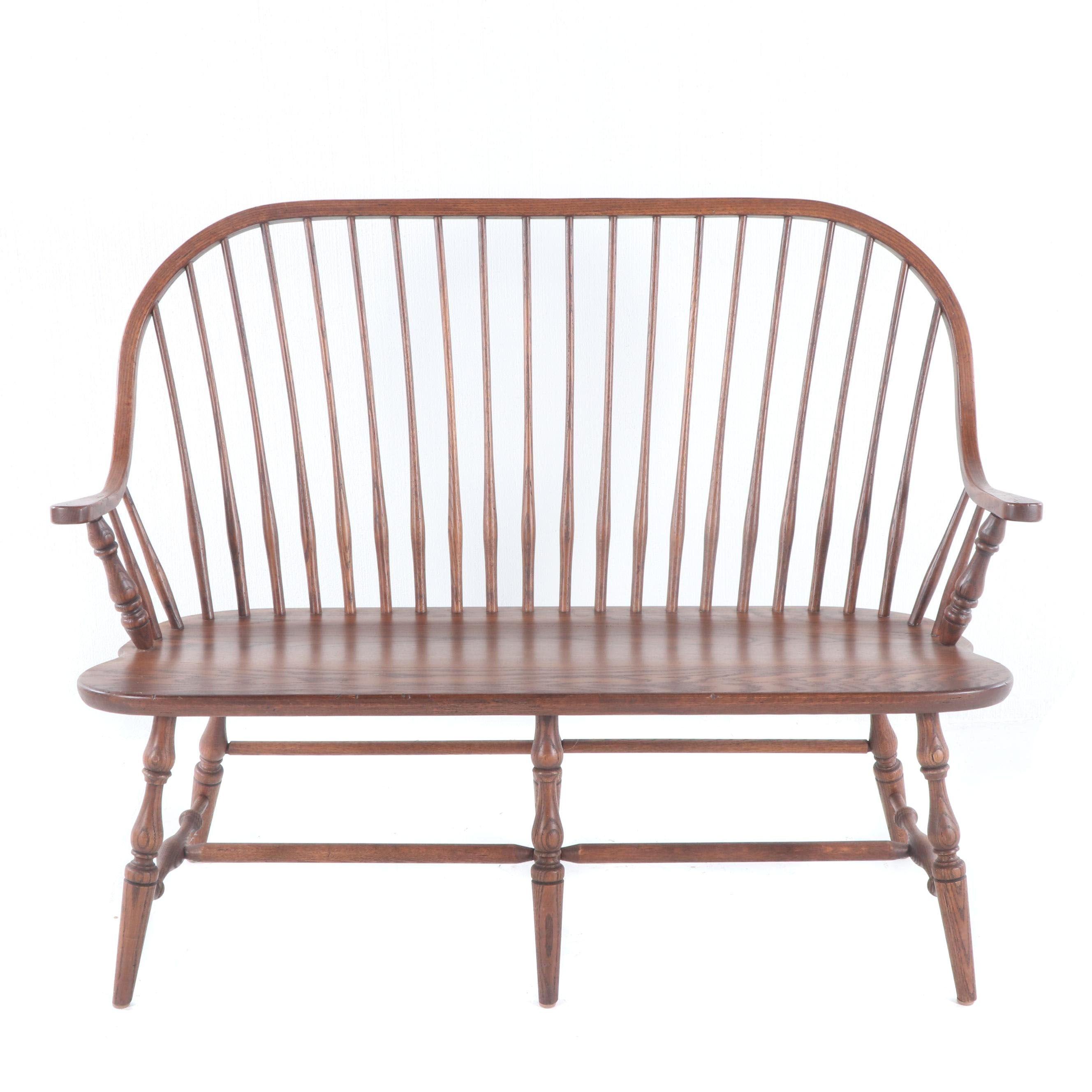 Windsor Style Oak Bench, Late 20th Century