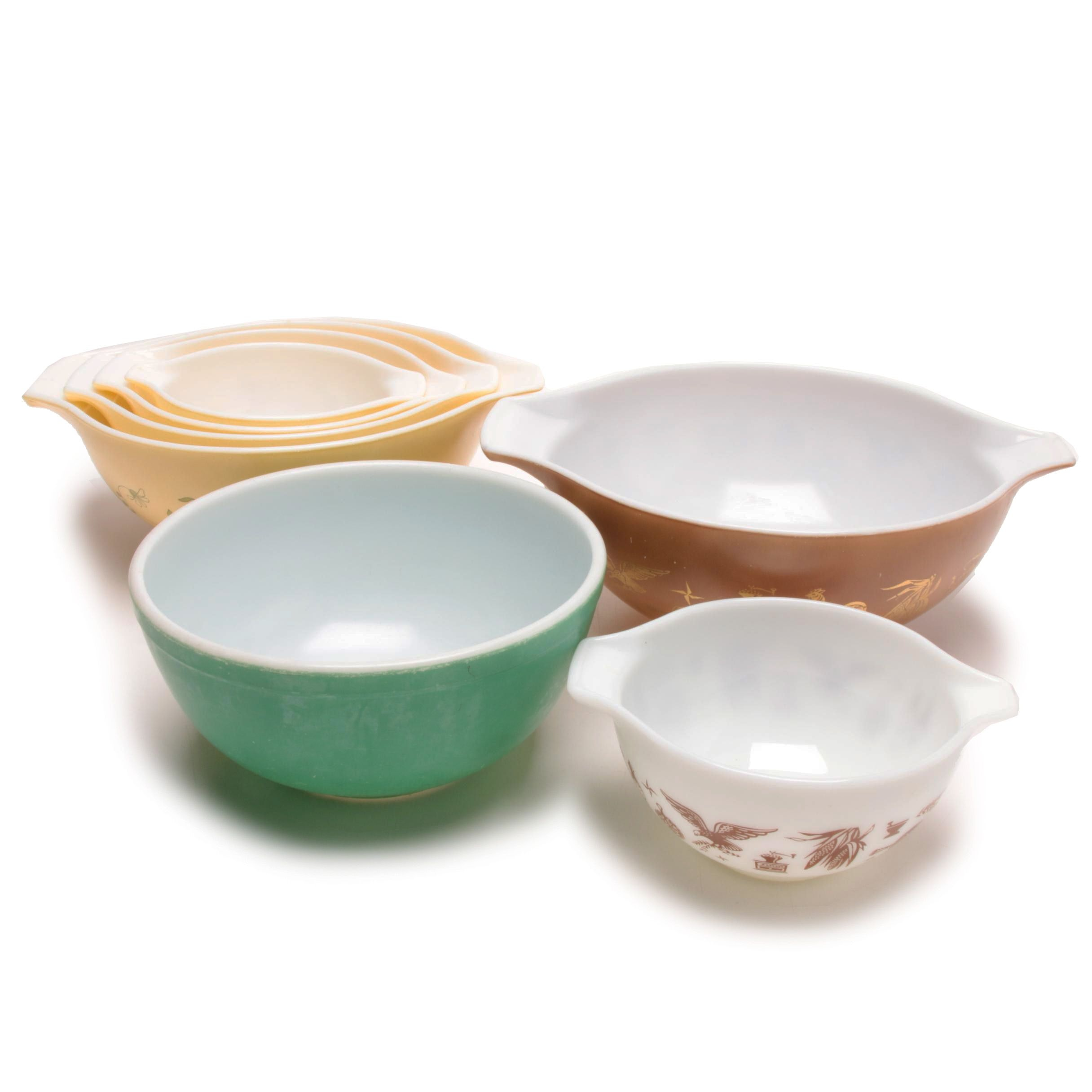 Pyrex Nesting and Mixing Bowls
