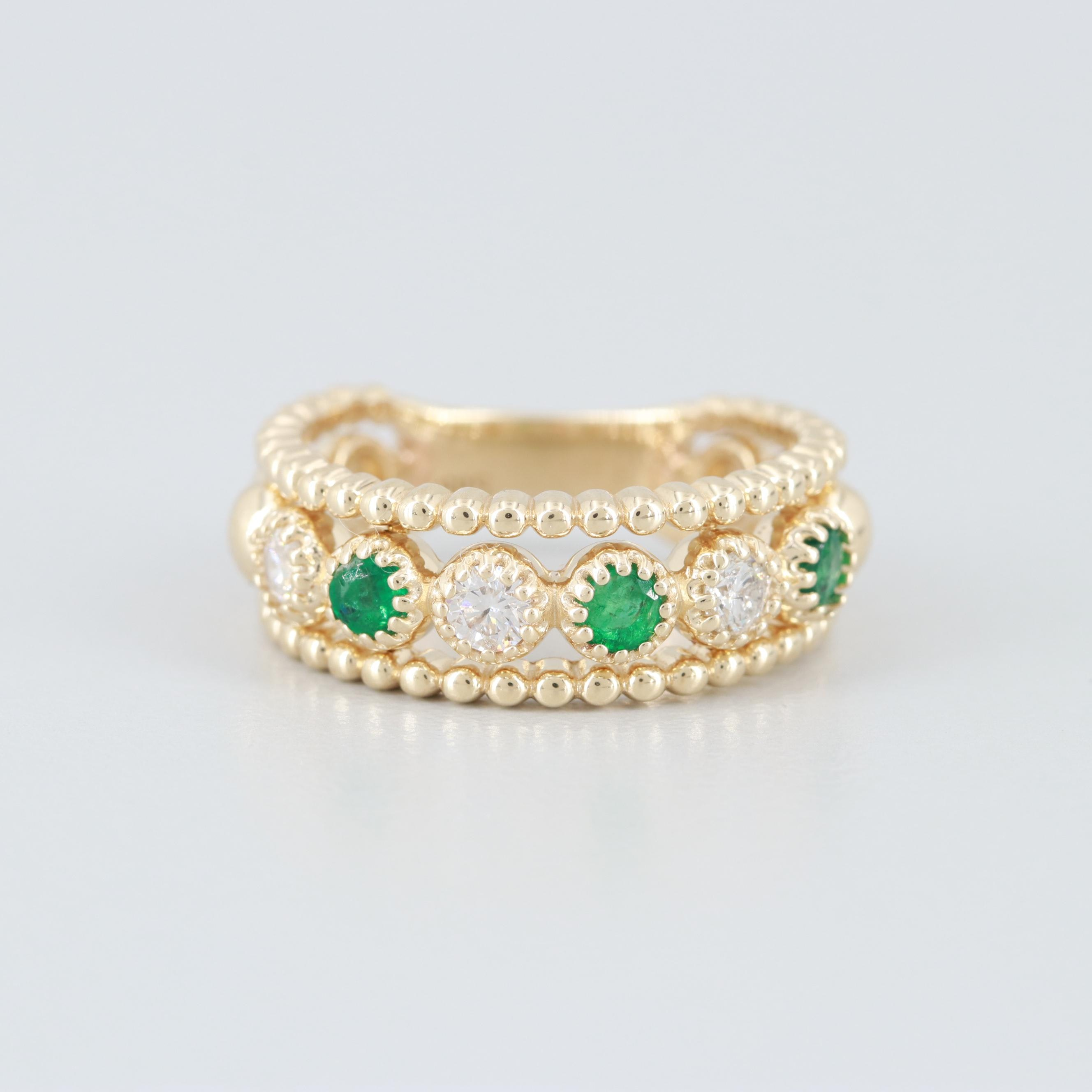 14K Yellow Gold Diamond and Emerald Tapered Band