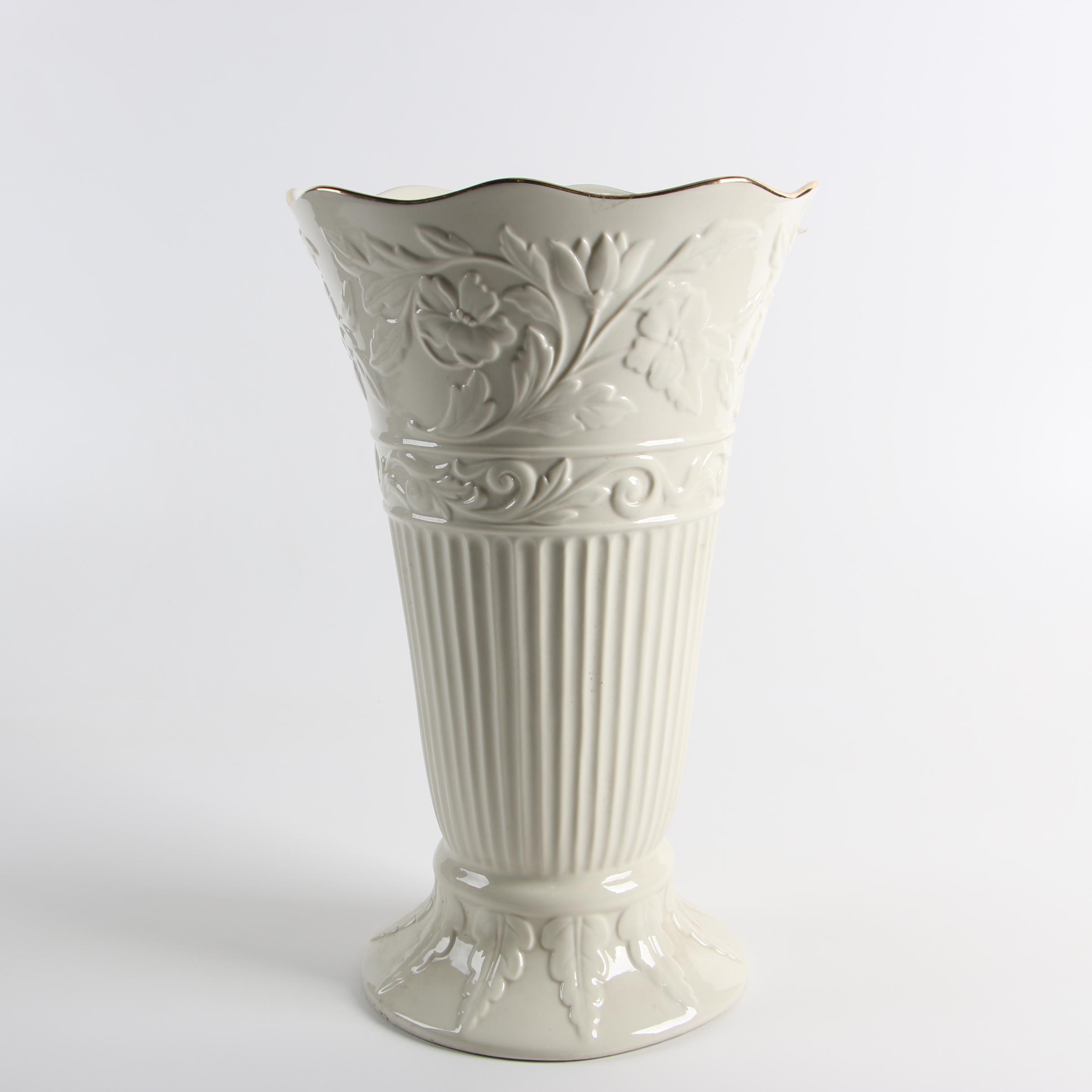 Lenox Ivory Porcelain Vase, 20th Century