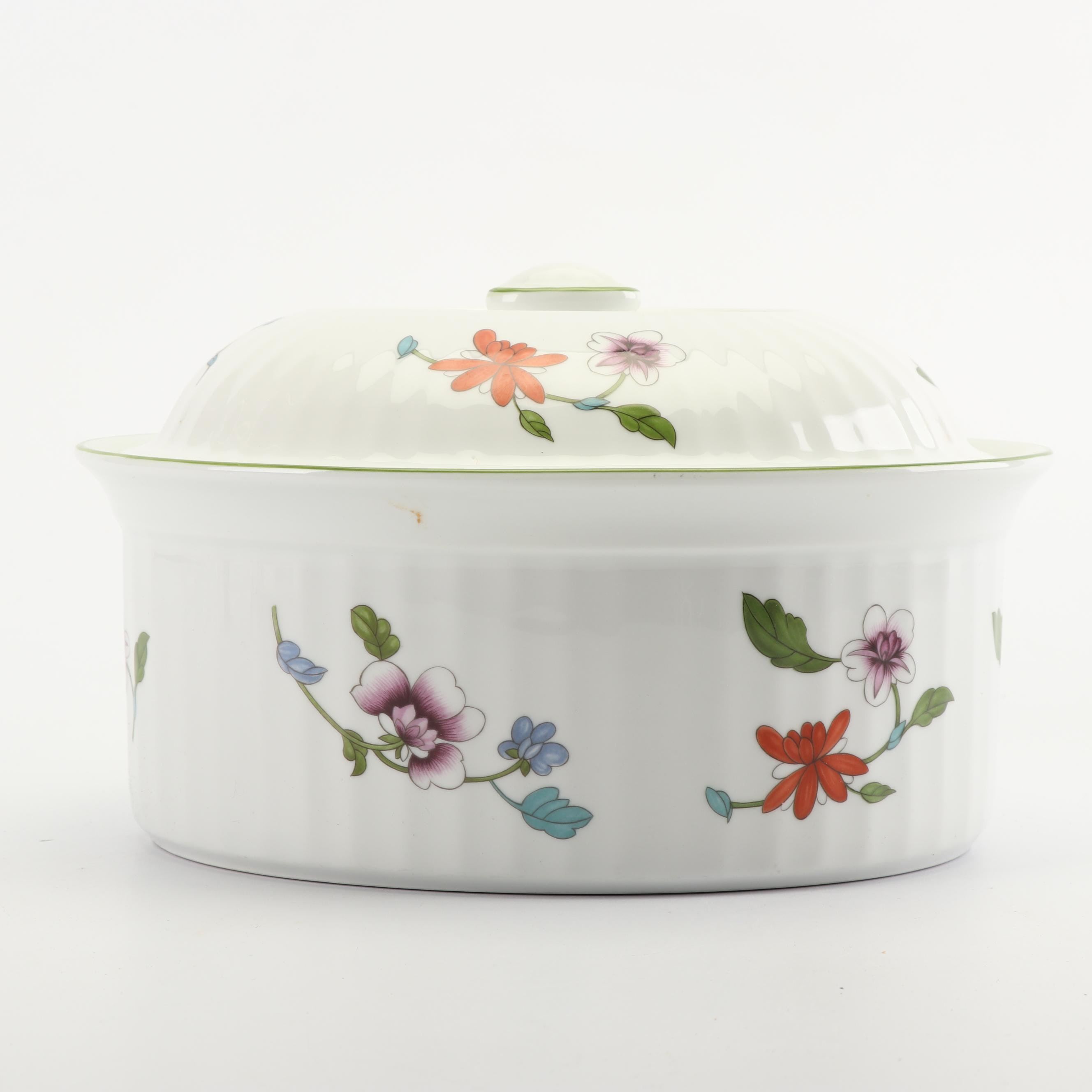 "Royal Worcester ""Astley"" Porcelain 2 Quart Covered Casserole Dish, 1983"