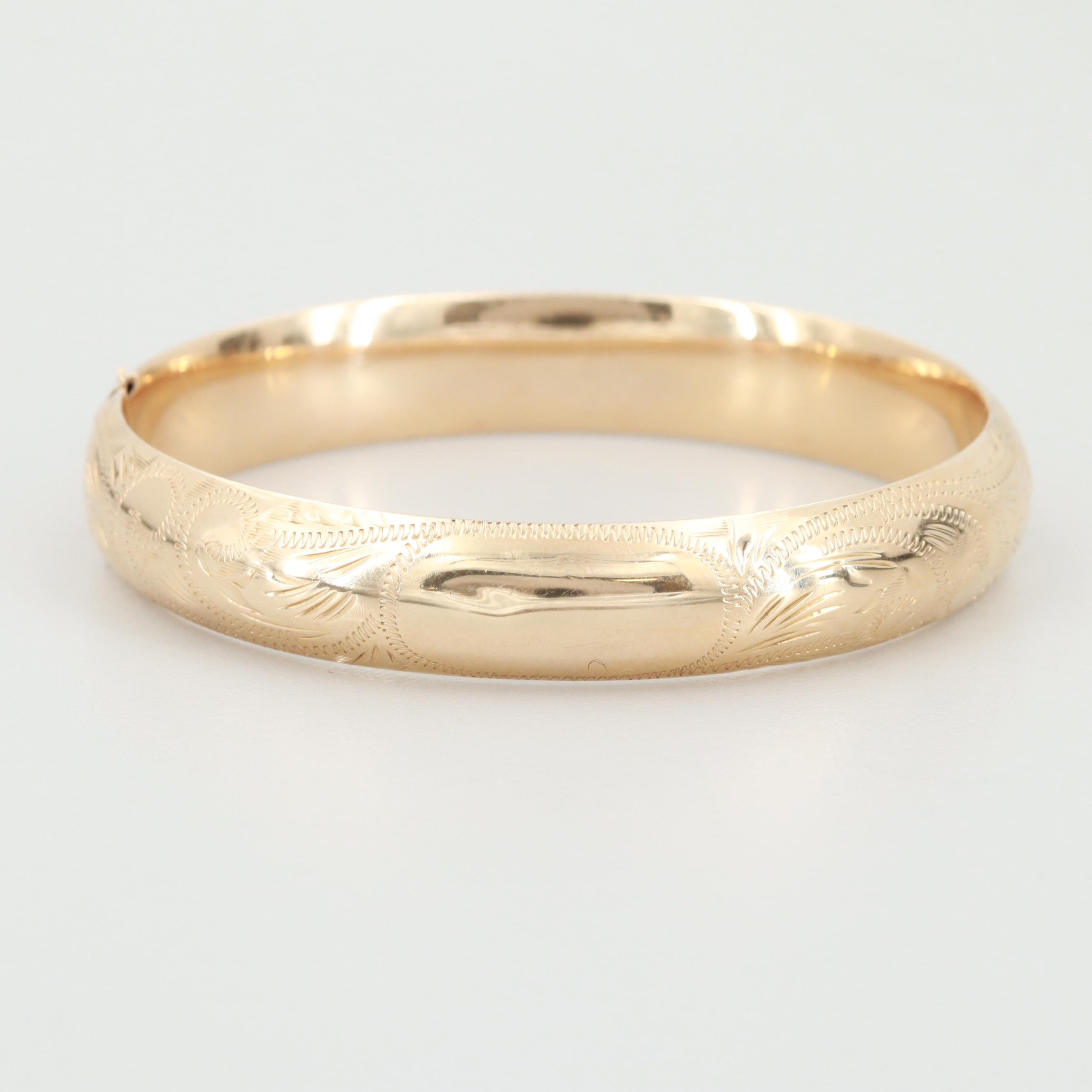 14K Yellow Gold Engraved Hinged Bangle Bracelet
