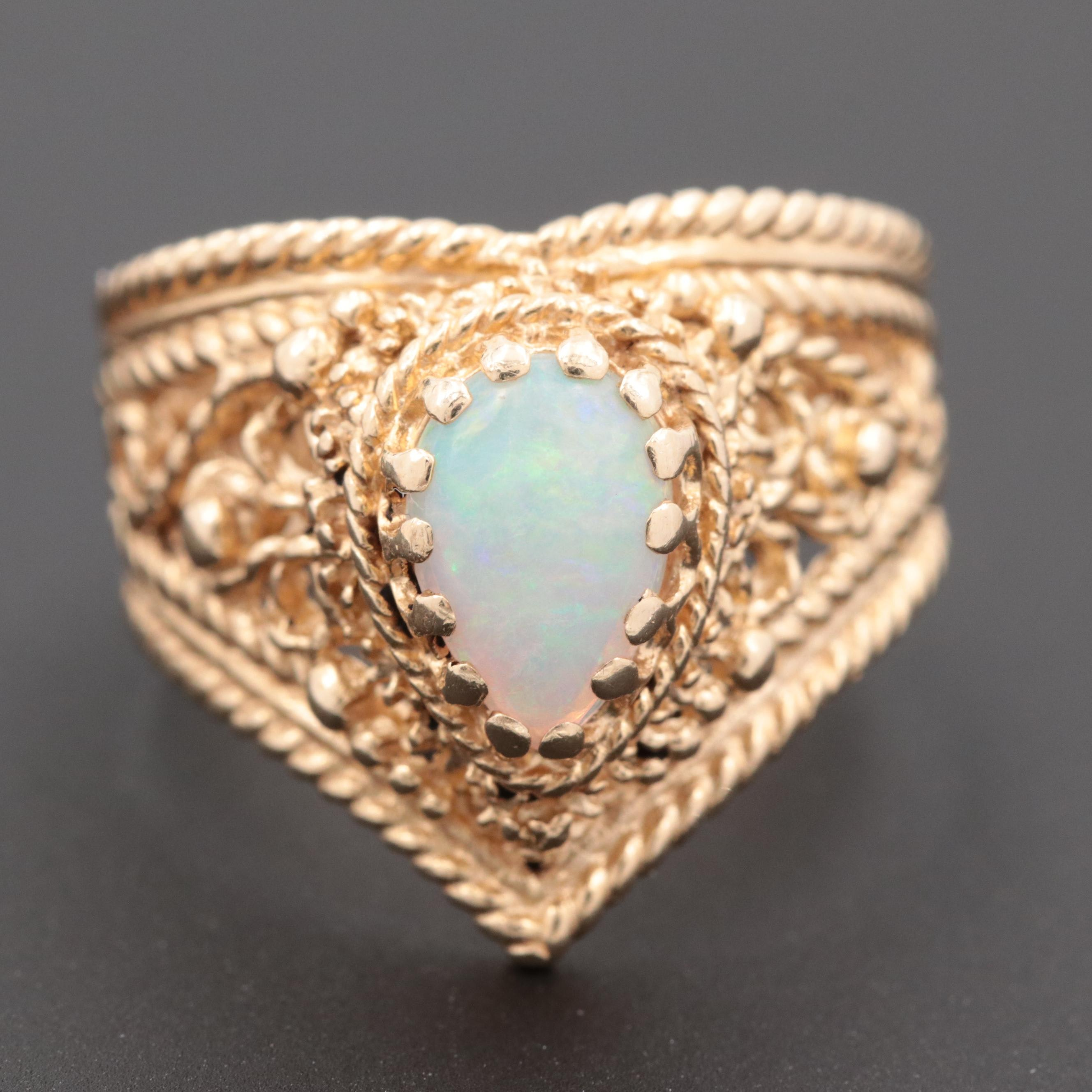 14K Yellow Gold Opal Openwork Ring with Rope Motif Edges