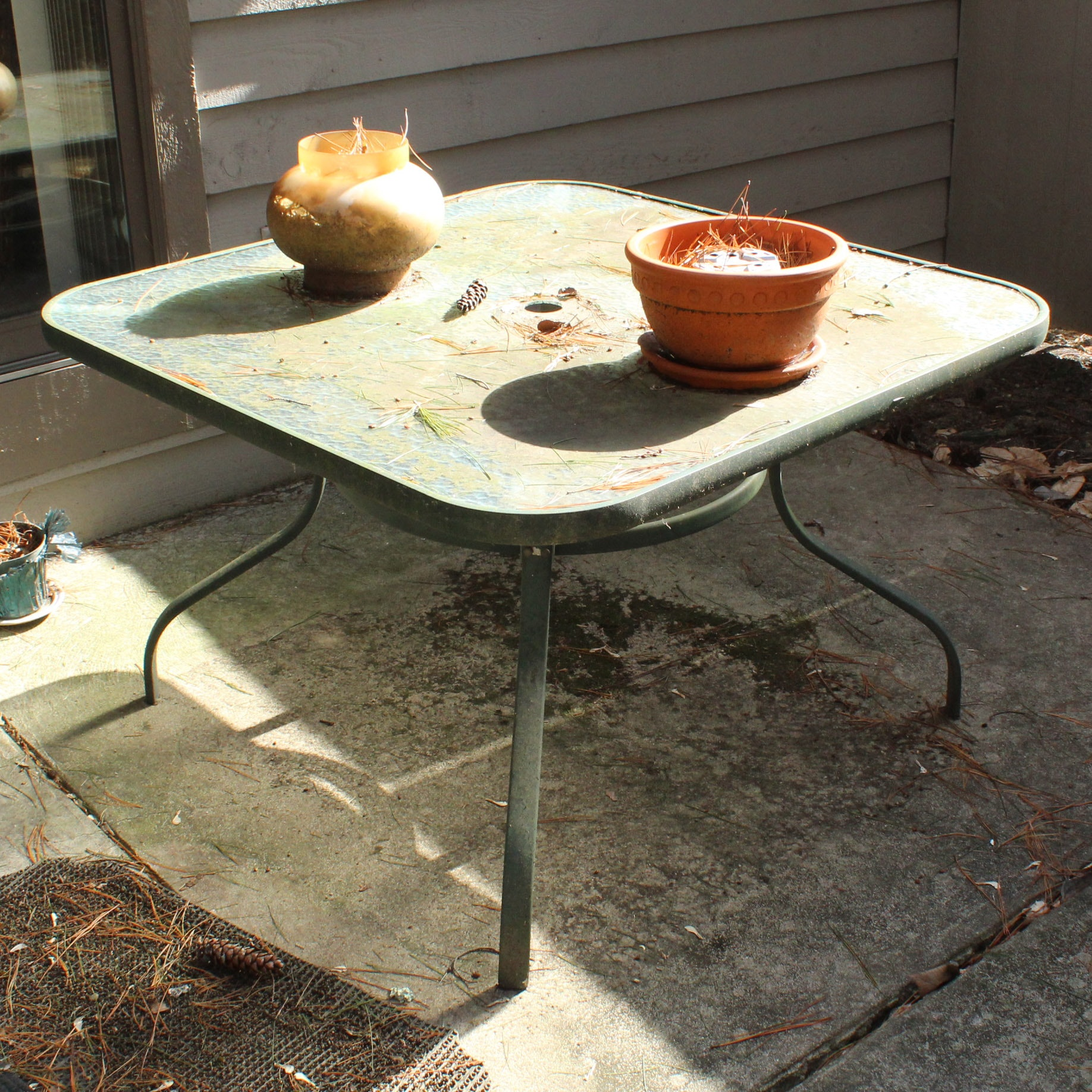 Outdoor Glass Top Patio Table