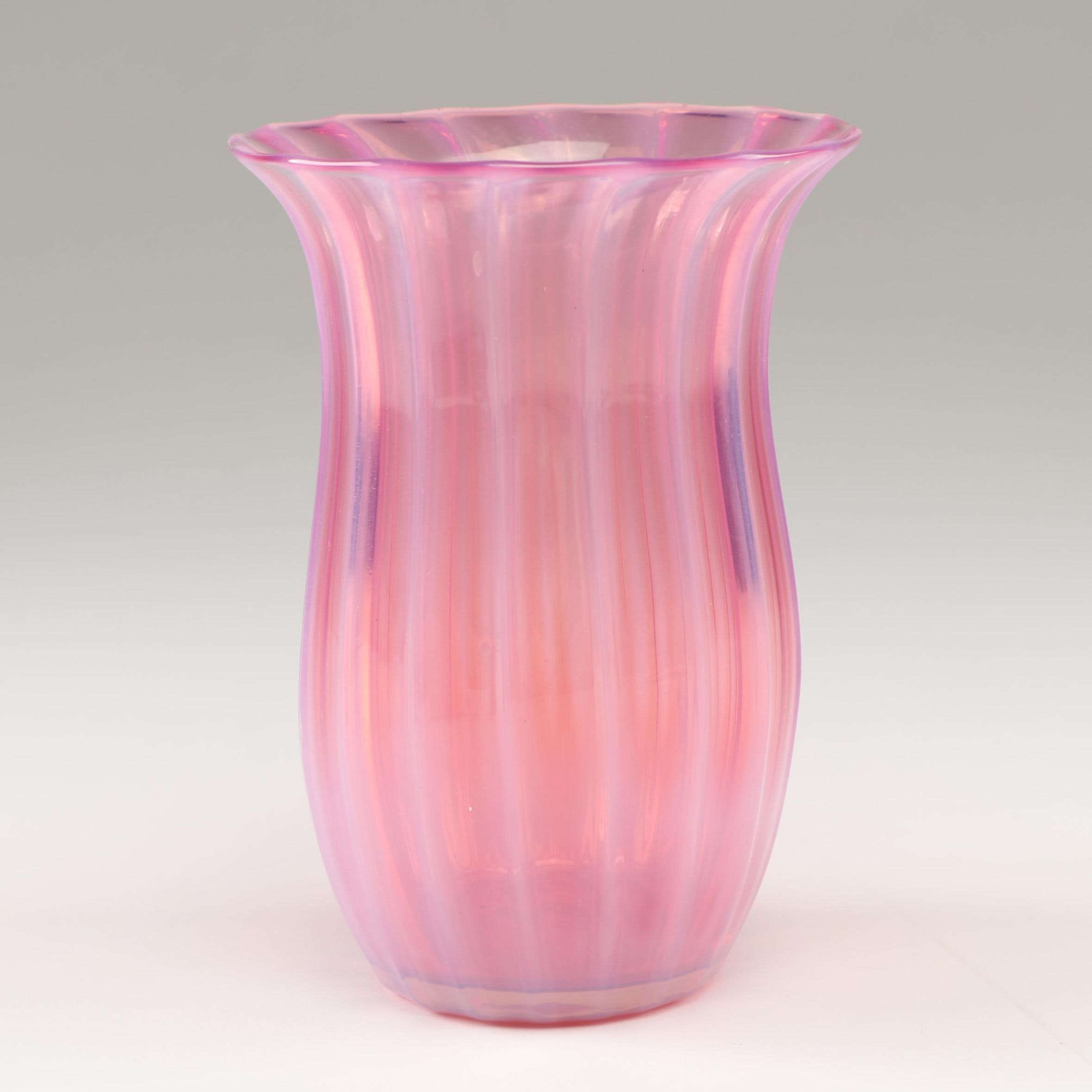 "Steuben Rosaline ""Oriental Poppy"" Glass Vase, Early 20th Century"