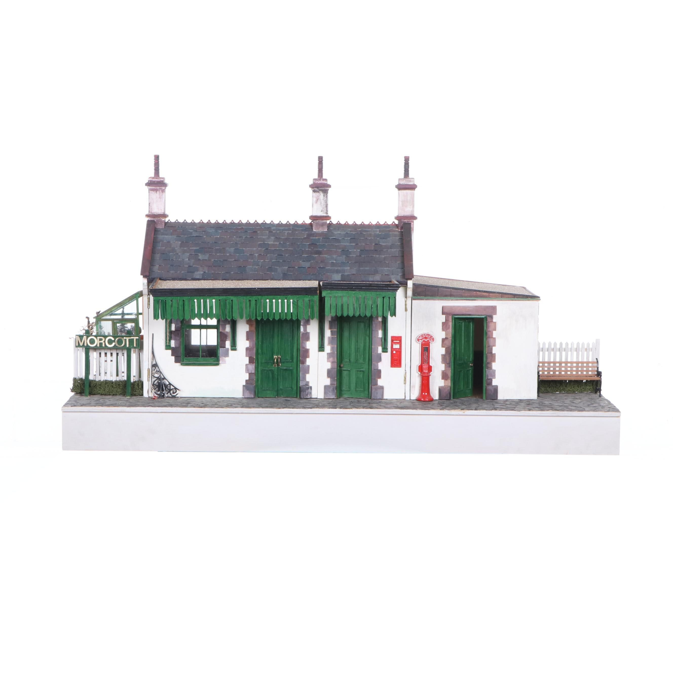 Morcott London Railway Station Dollhouse with Miniatures
