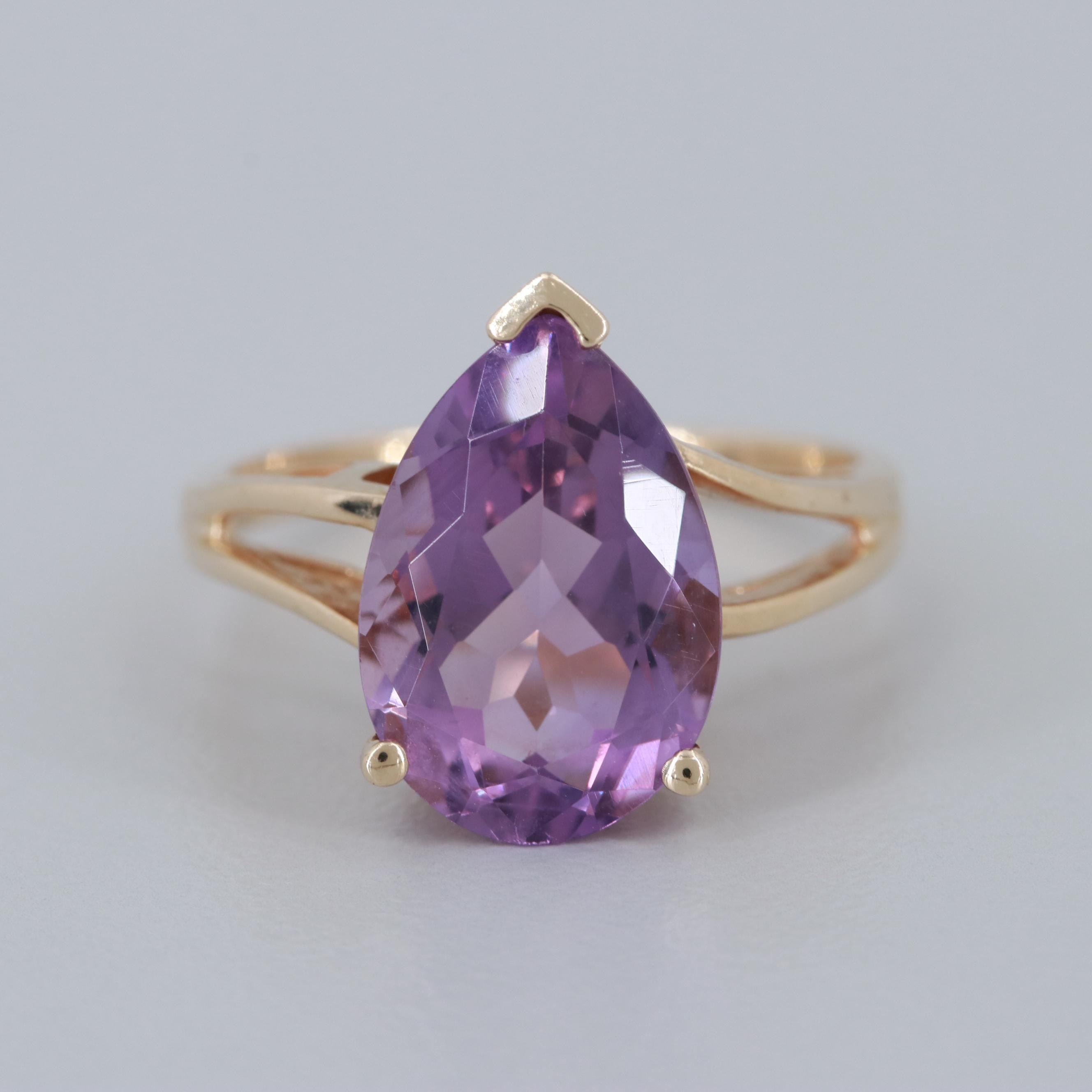 10K Yellow Gold Amethyst Ring