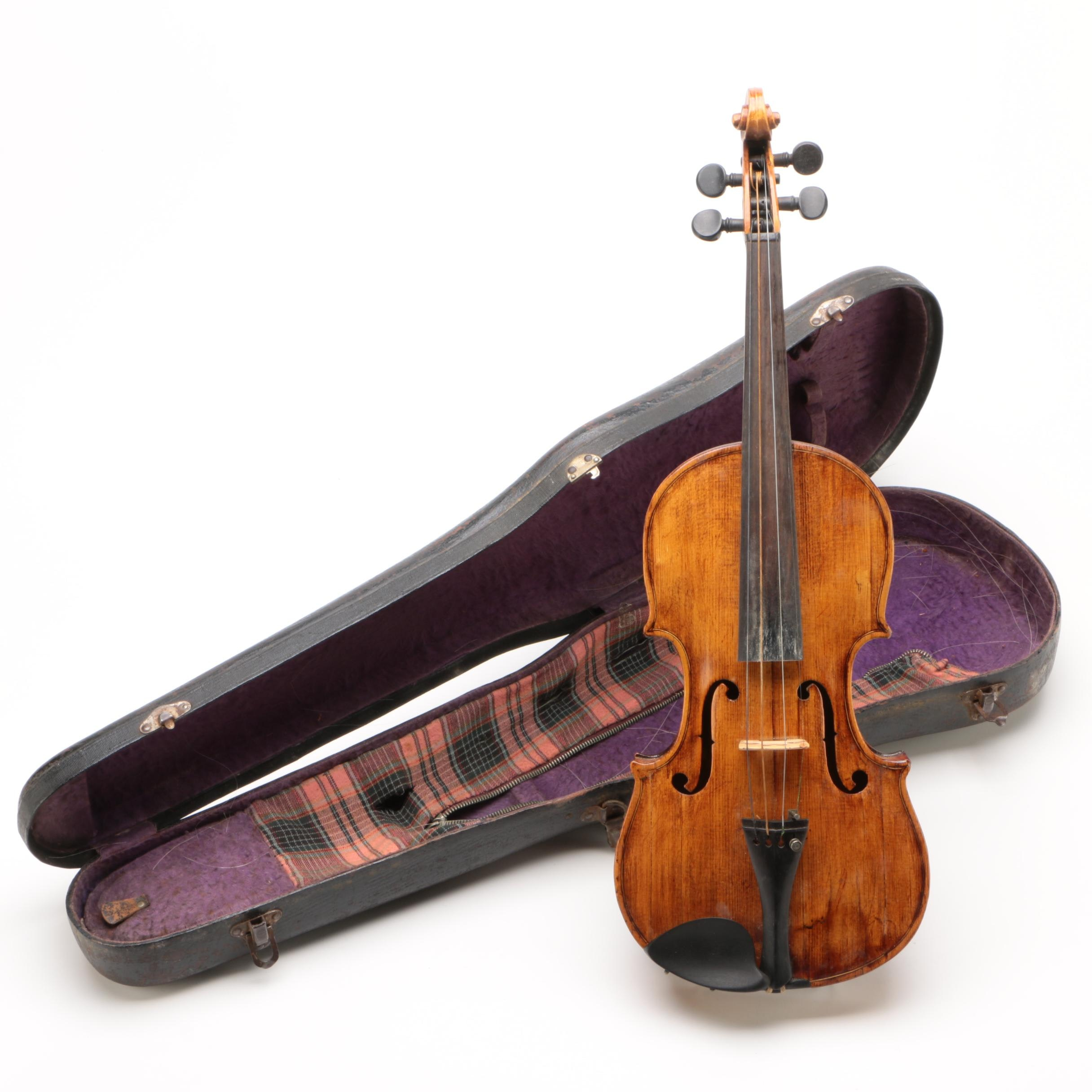 Spruce and Maple 4/4 Violin, Early 20th Century
