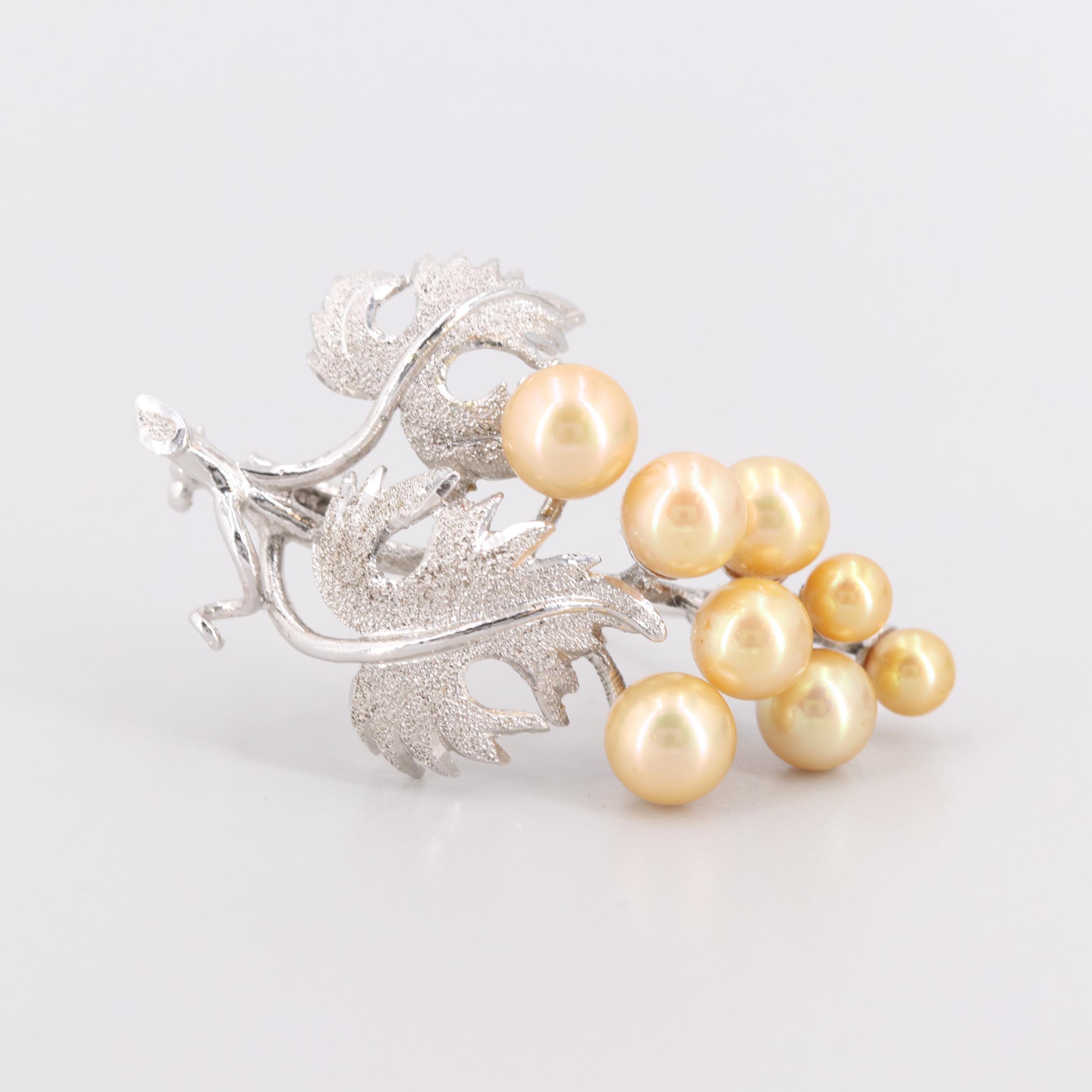 Silver Tone Imitation Pearl Leaf Motif Brooch