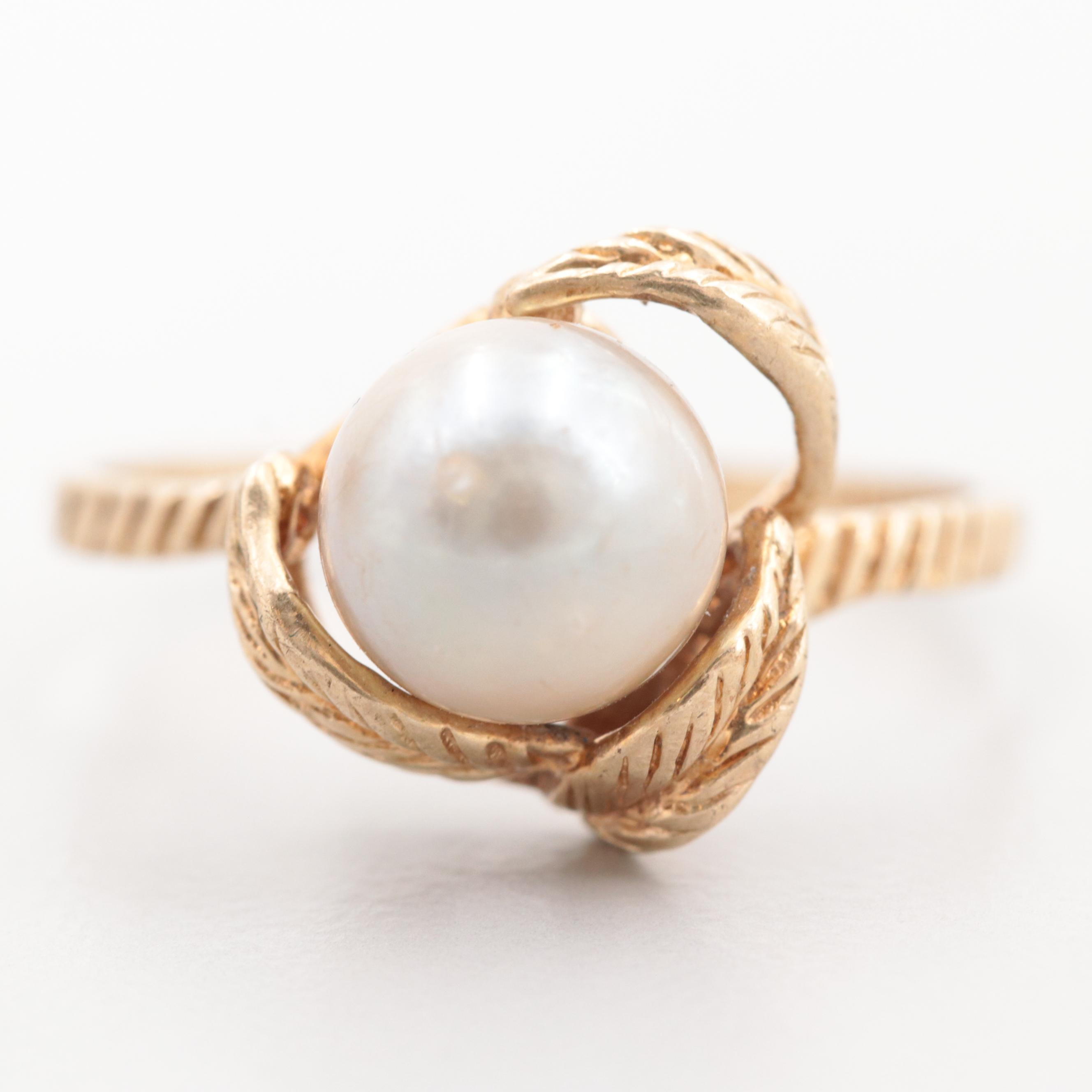 10K Yellow Gold Cultured Pearl Ring with Foliate Motif
