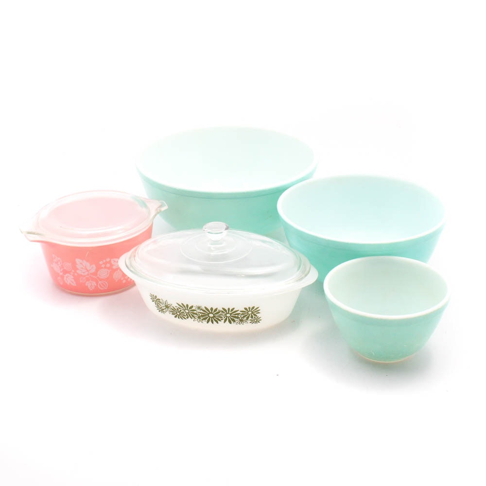 "Early 1960s Pyrex Milk Glass Kitchenware Including ""Gooseberry"""