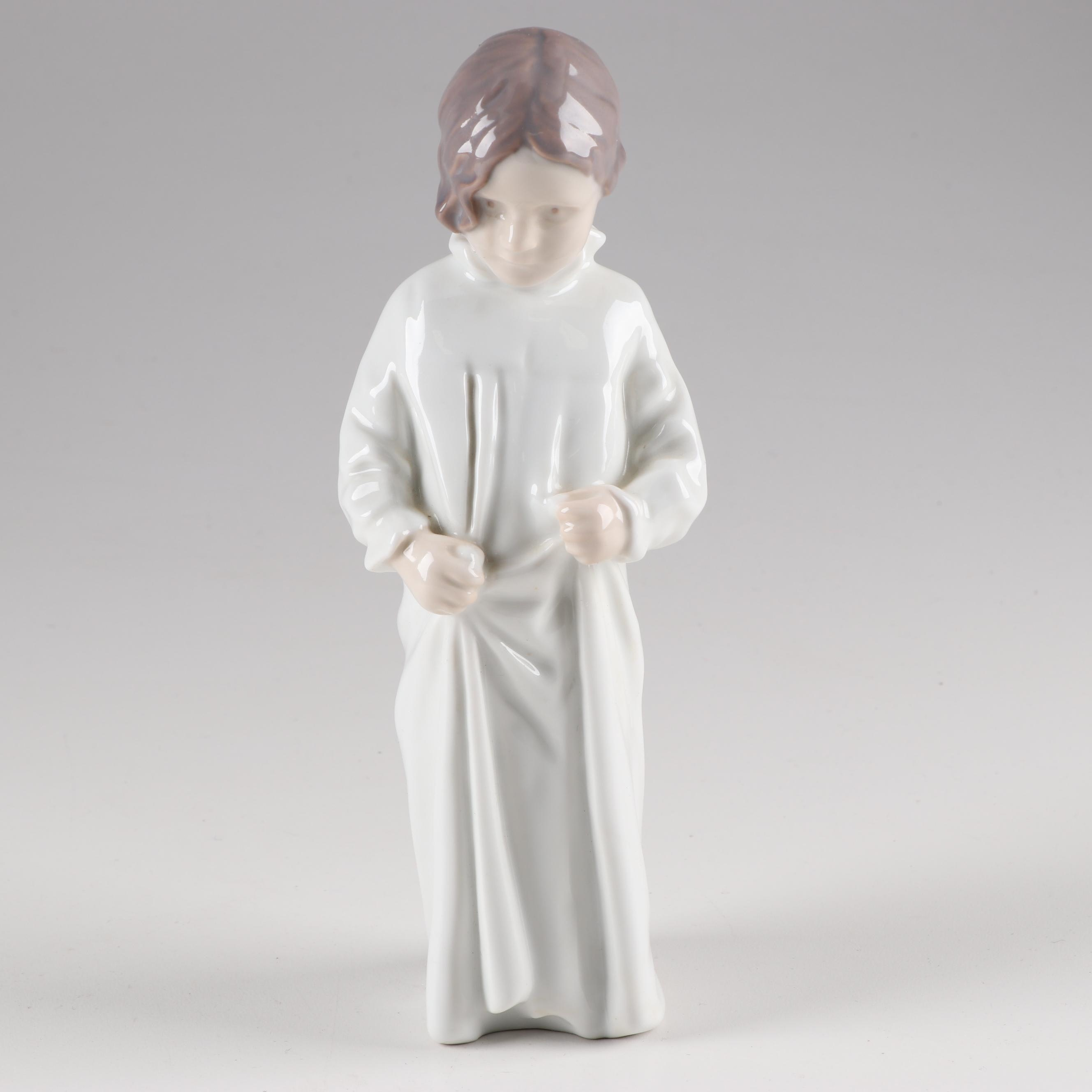 "Bing & Grøndahl ""Good Morning Mama"" Porcelain Figurine"