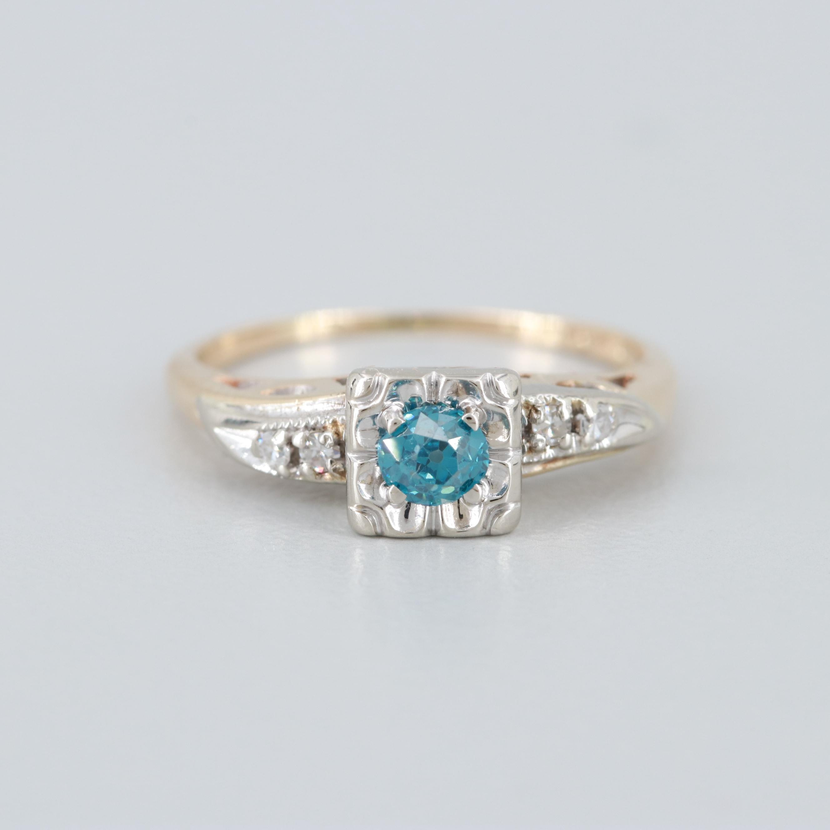 14K Yellow and White Gold Diamond Ring Showcasing a Blue Diamond