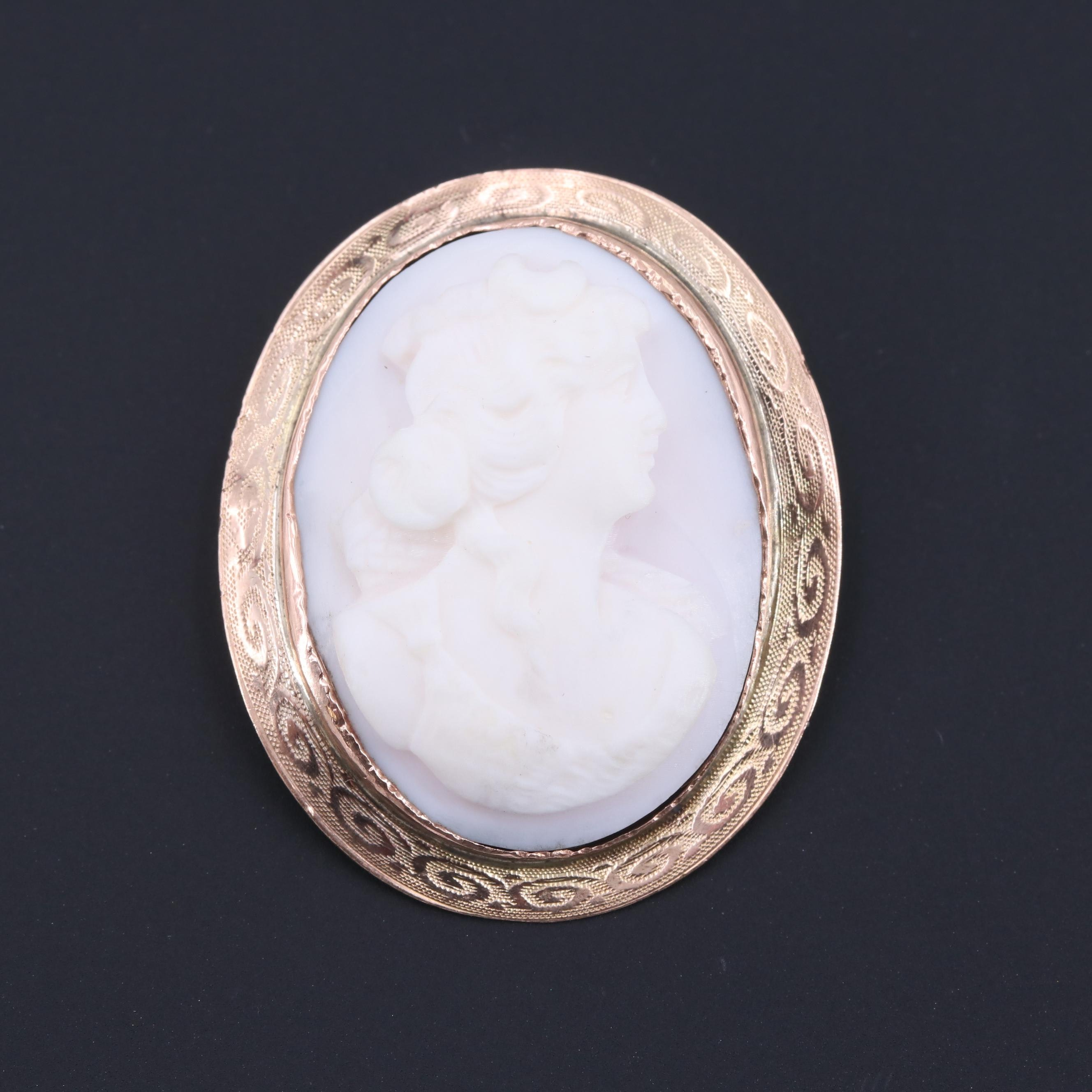 10K Yellow Gold Conch Shell Cameo Converter Brooch