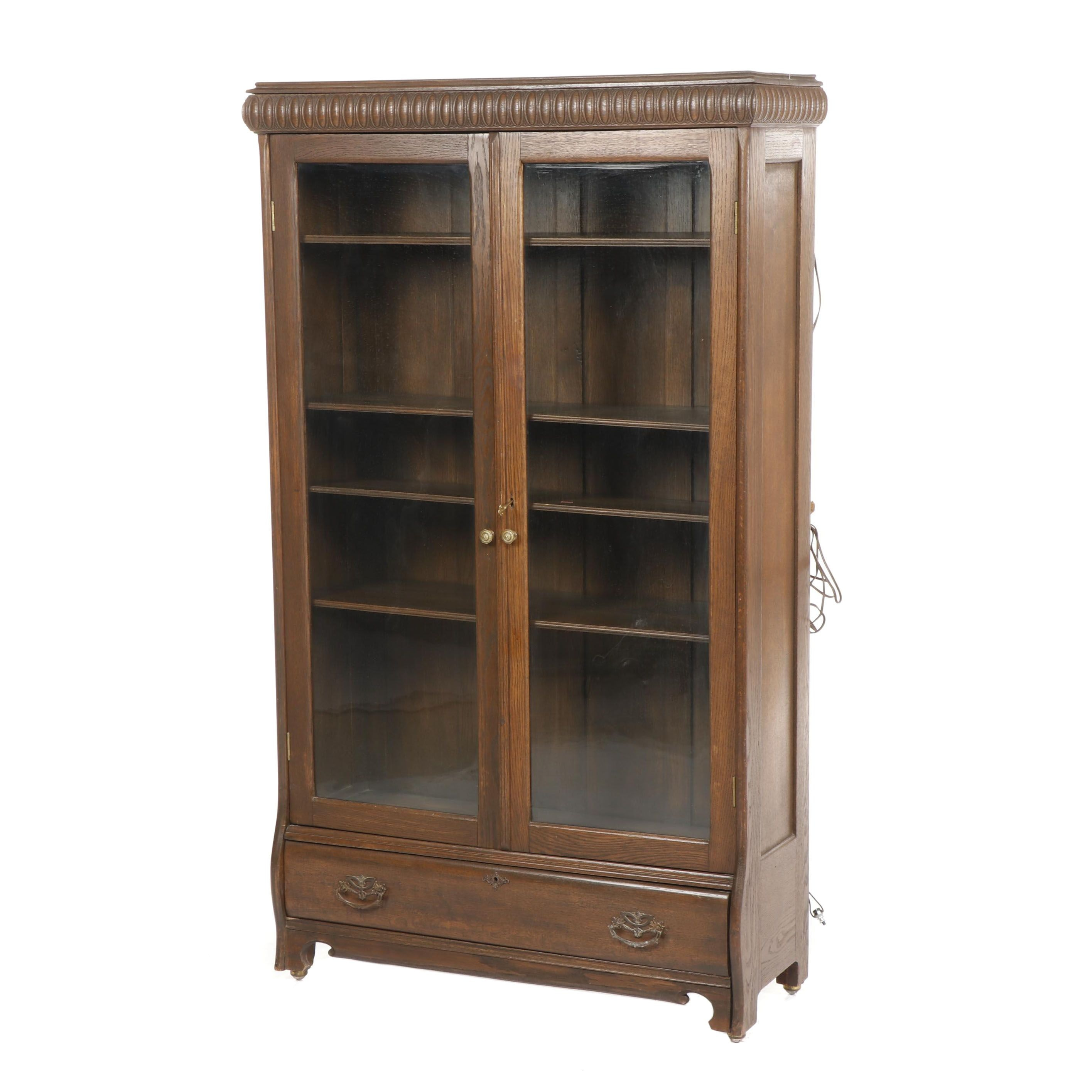 Victorian Style Oak Illuminated Display Cabinet with Drawer on Casters, 20th C.
