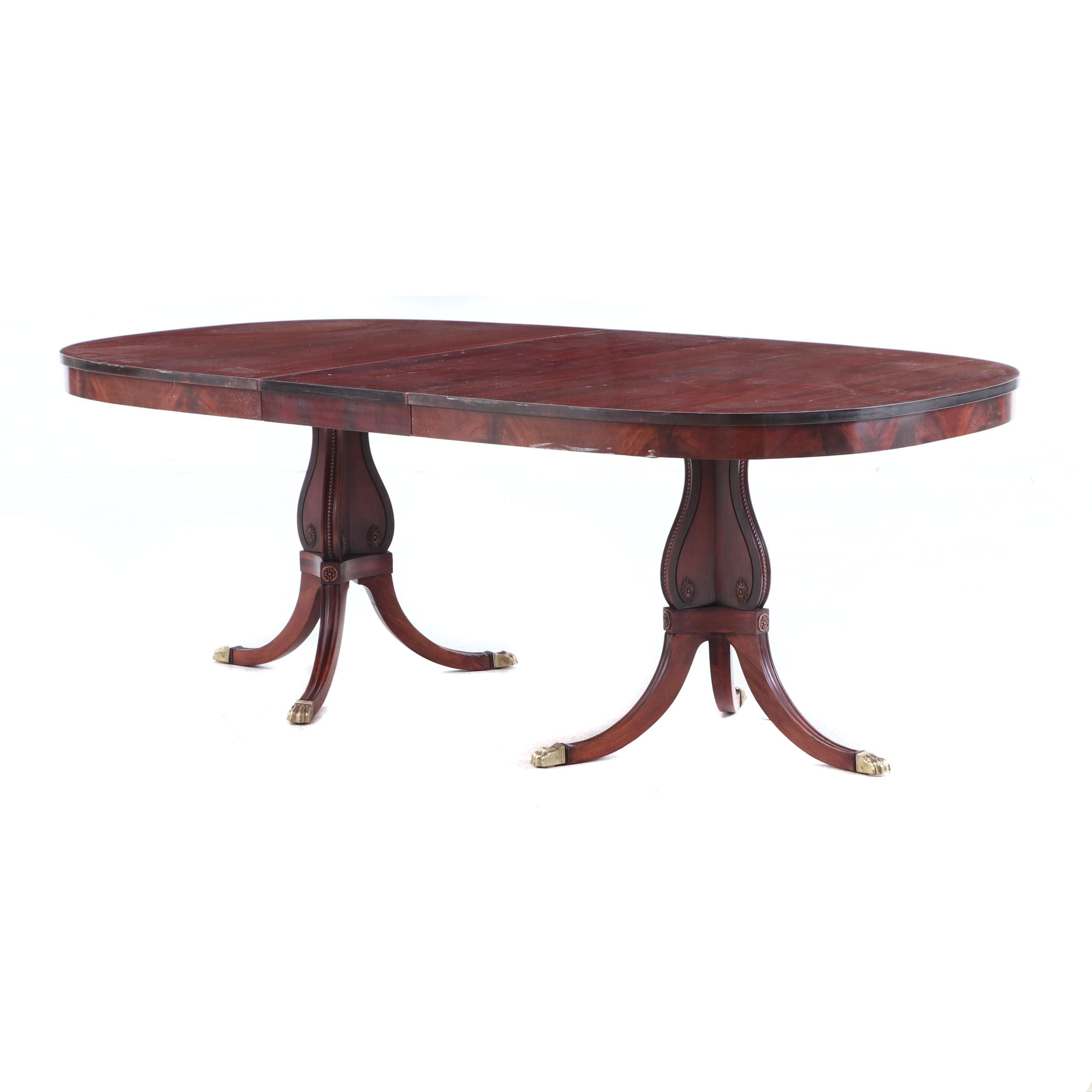 Mahogany Duncan Phyfe Dinning Table with One Leaf