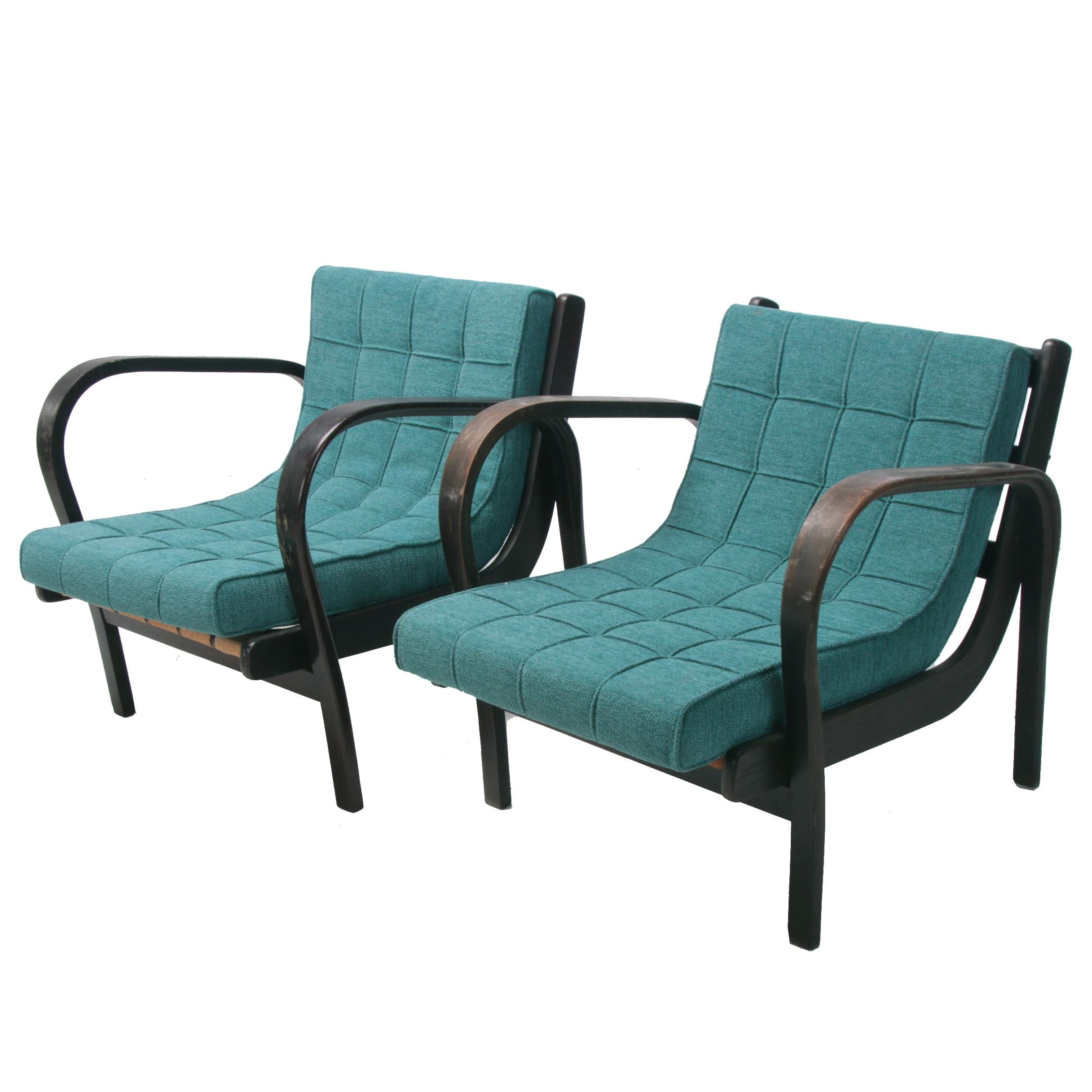 Pair of Czech Modern Bentwood Lounge Chairs, Early 20th Century