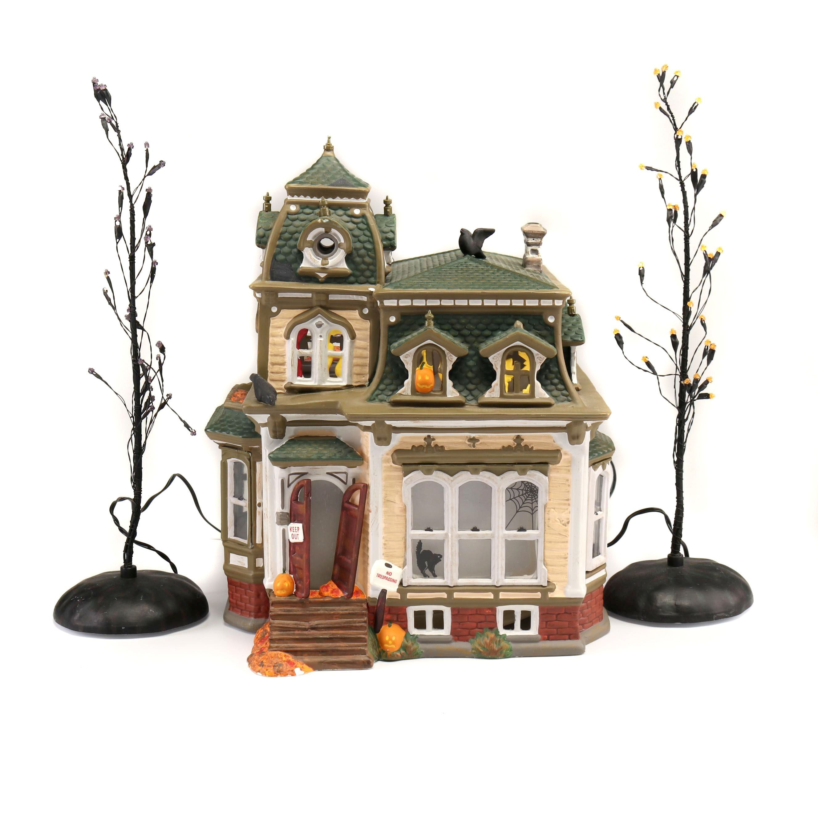 Department 56 Halloween Haunted Mansion and Trees