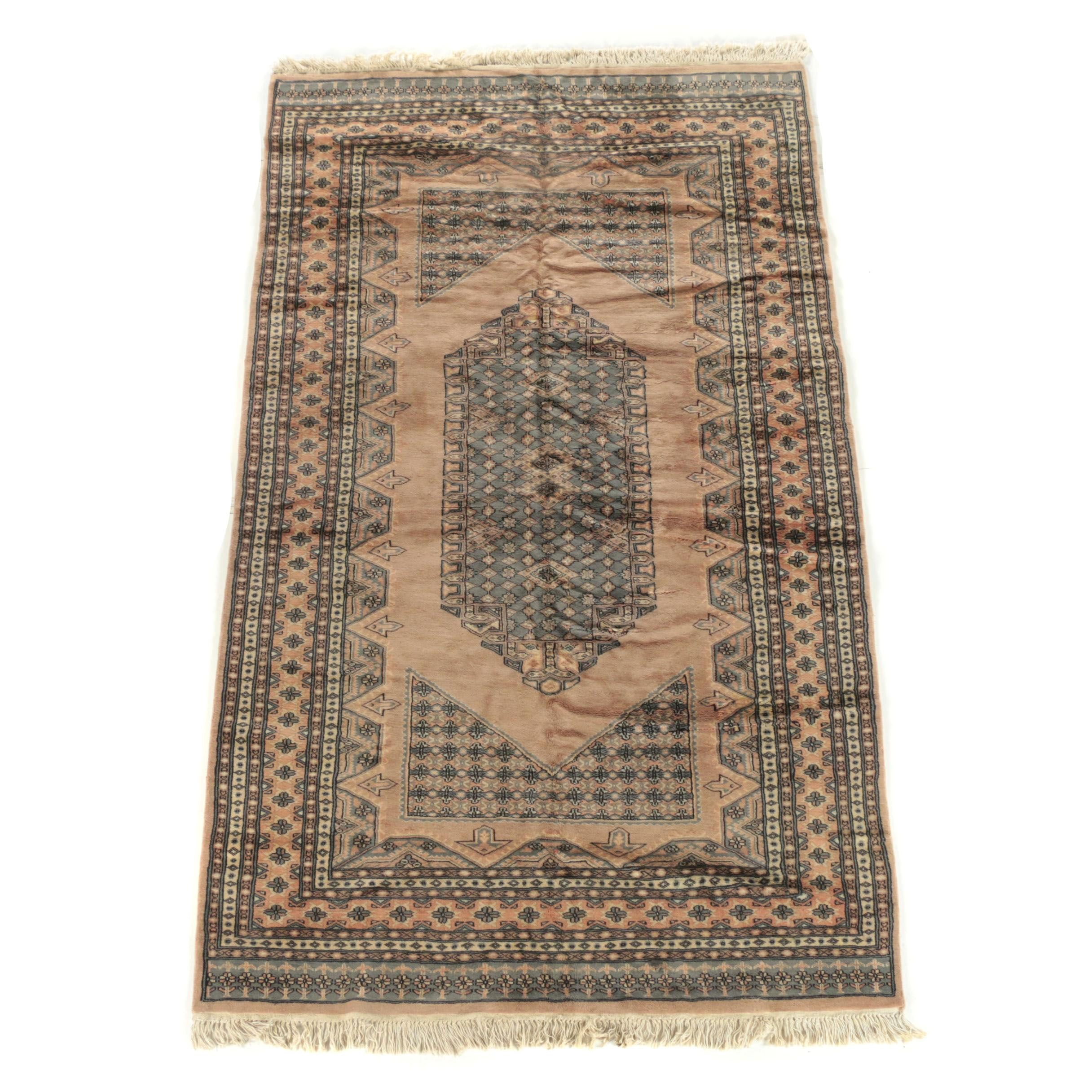 Hand-Knotted Pakistani Wool Area Rug