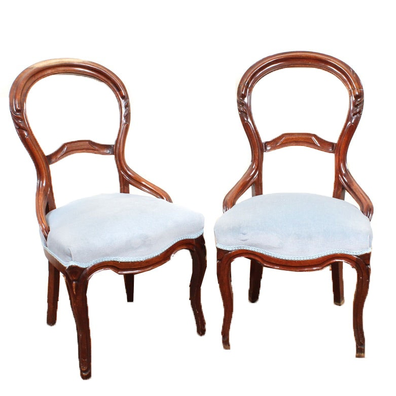 Victorian Walnut Balloon-Back Parlor Chairs, Late 19th Century
