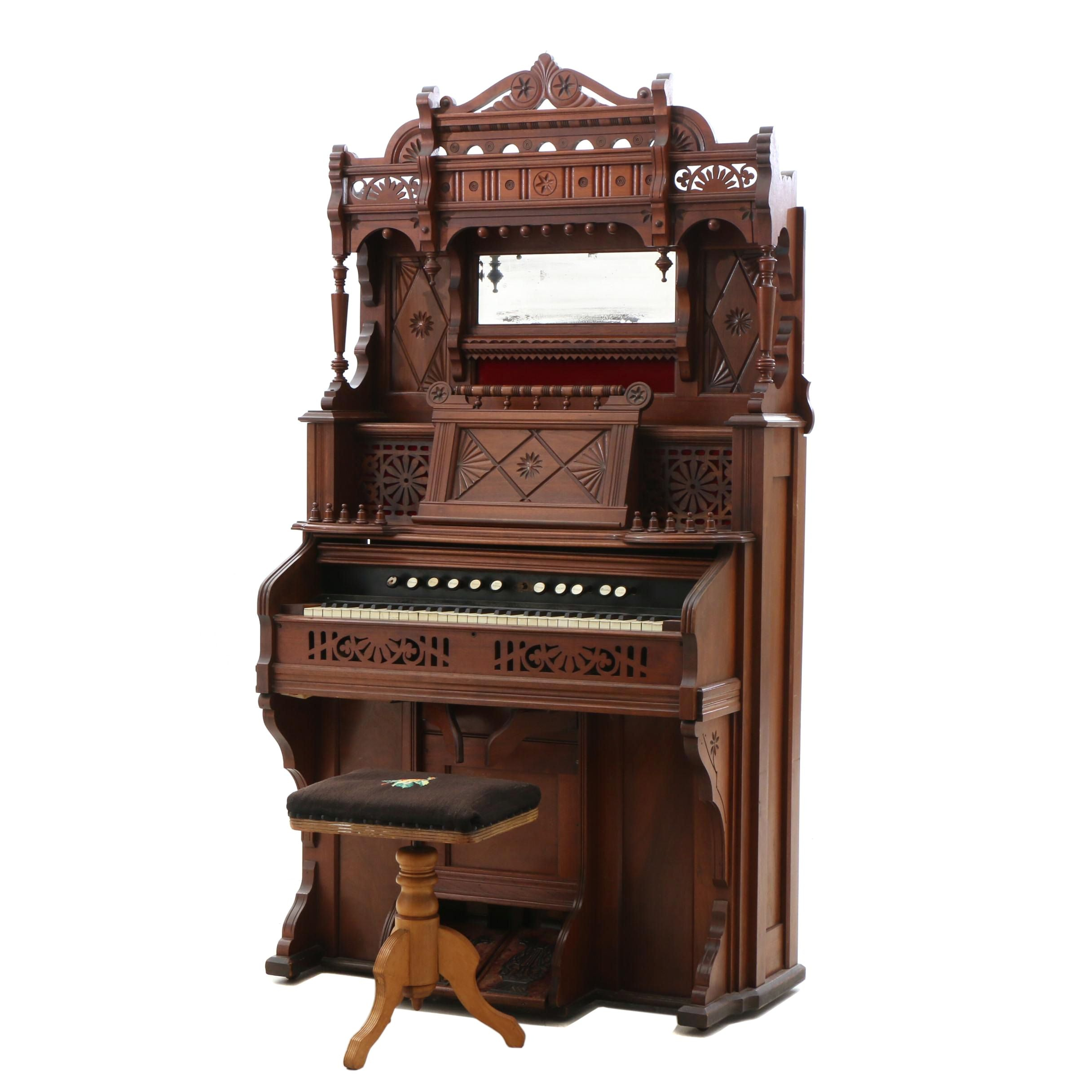 Victorian Pump Organ by Chicago Cottage Organ Company