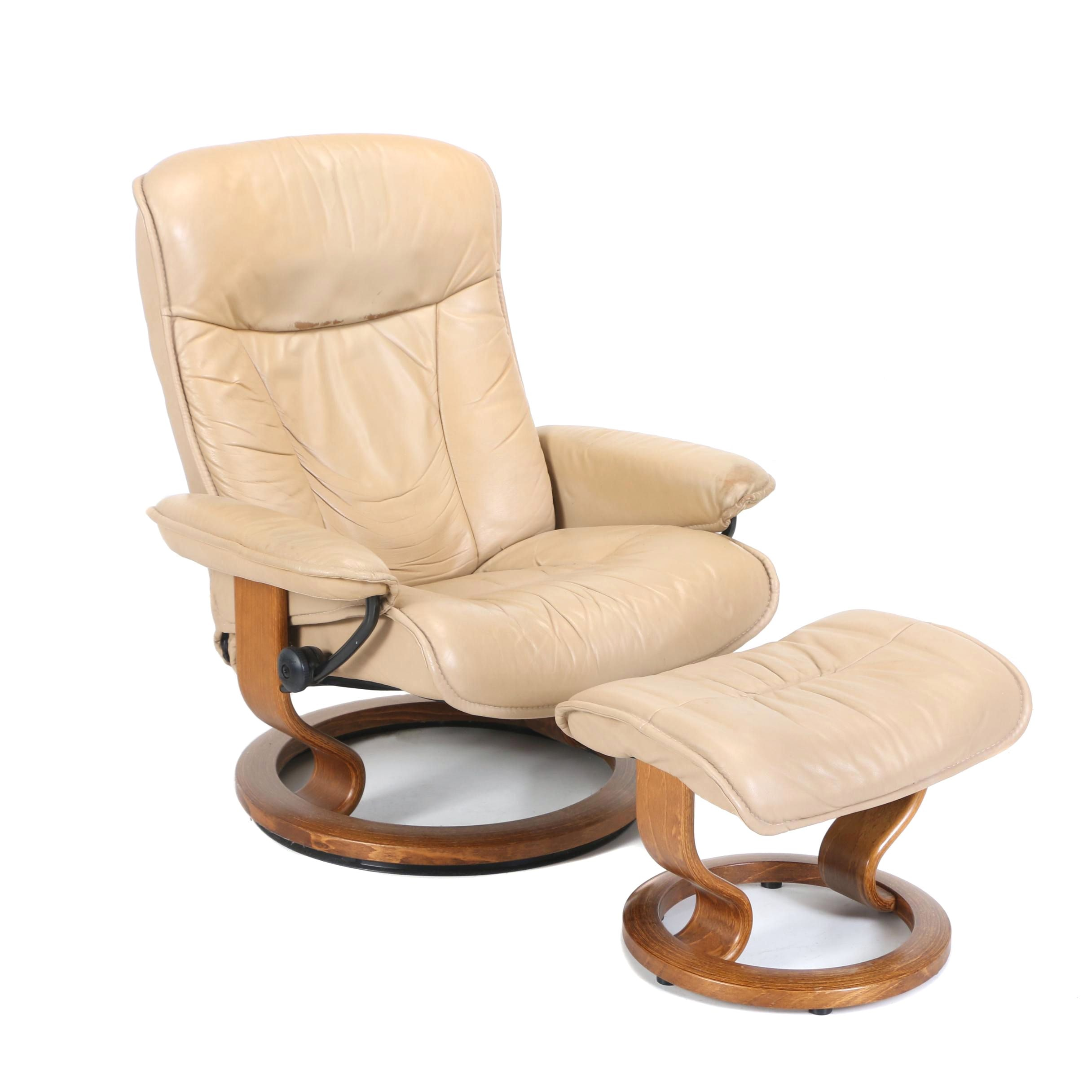 "Ekornes ""Stressless"" Tan Leather Lounge Chair and Ottoman, Late 20th Century"