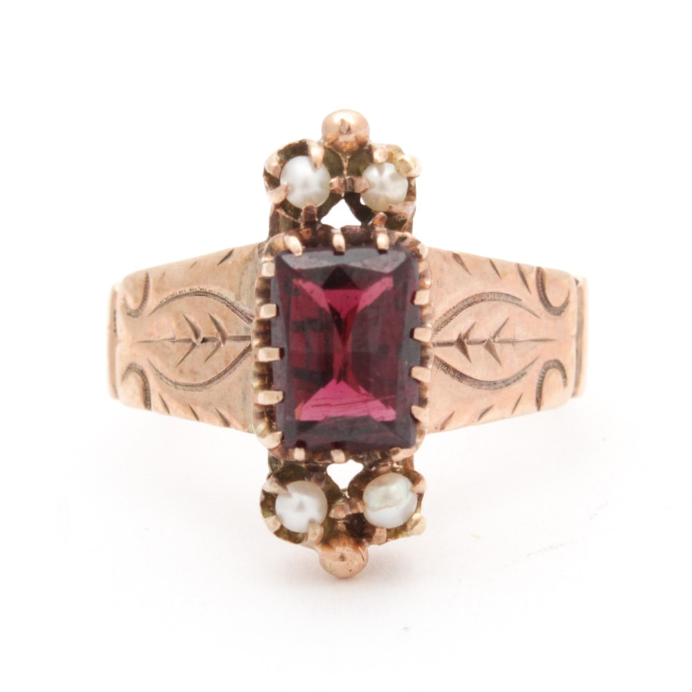 10K Yellow Gold Garnet and Cultured Pearl Ring