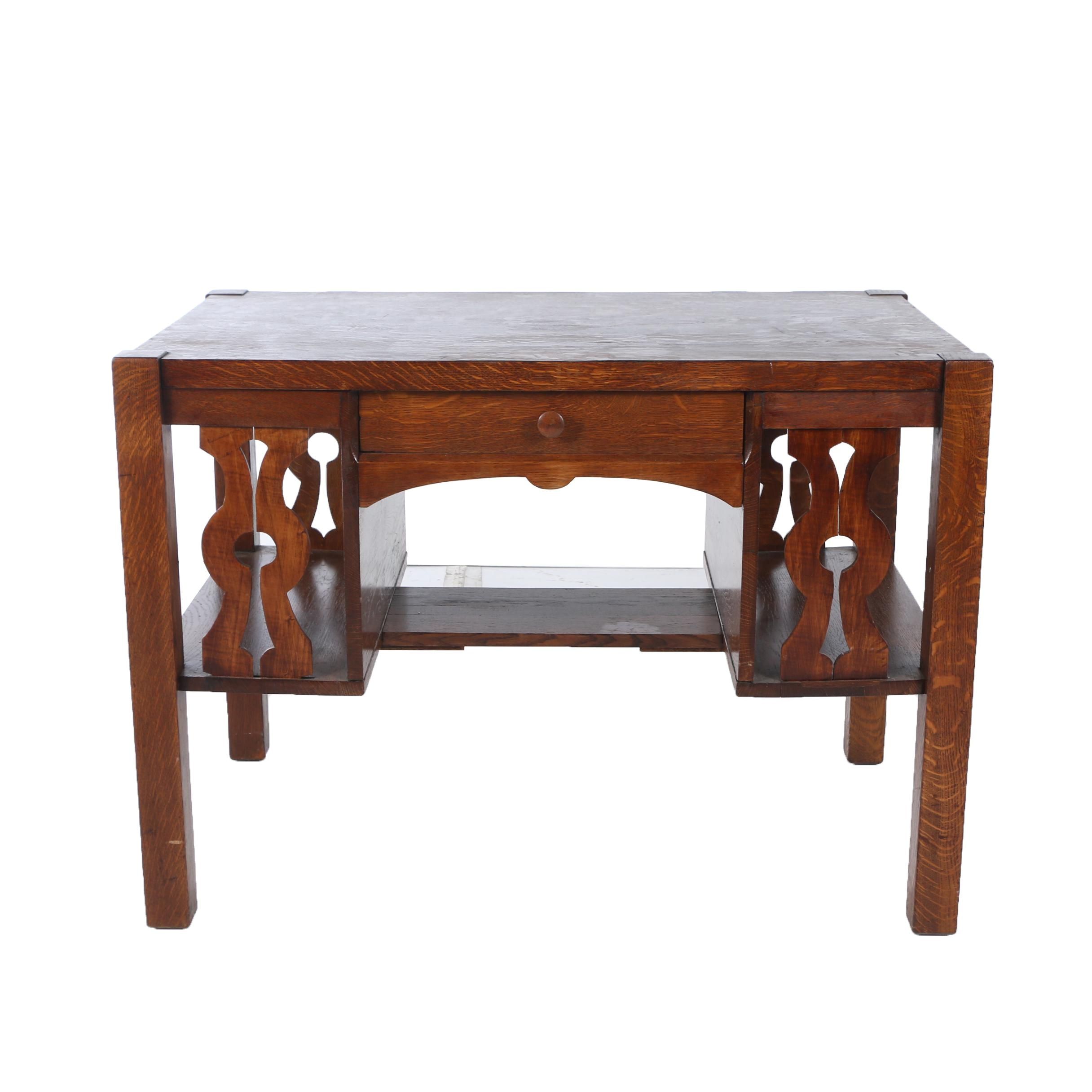 Arts and Crafts Oak Library Table, Early 20th Century