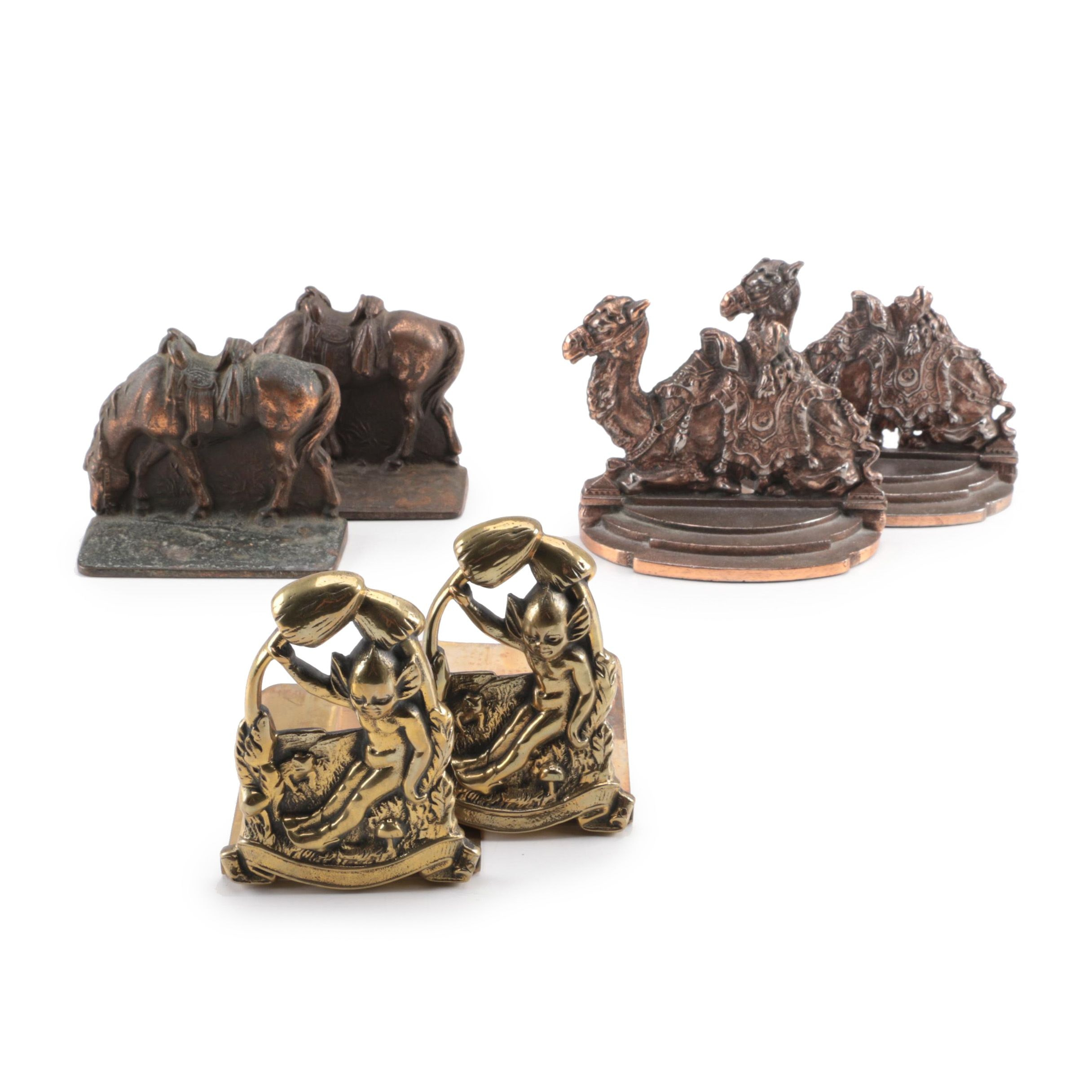Bron Met Grazing Horse Bookends with Other Cast Metal Bookends