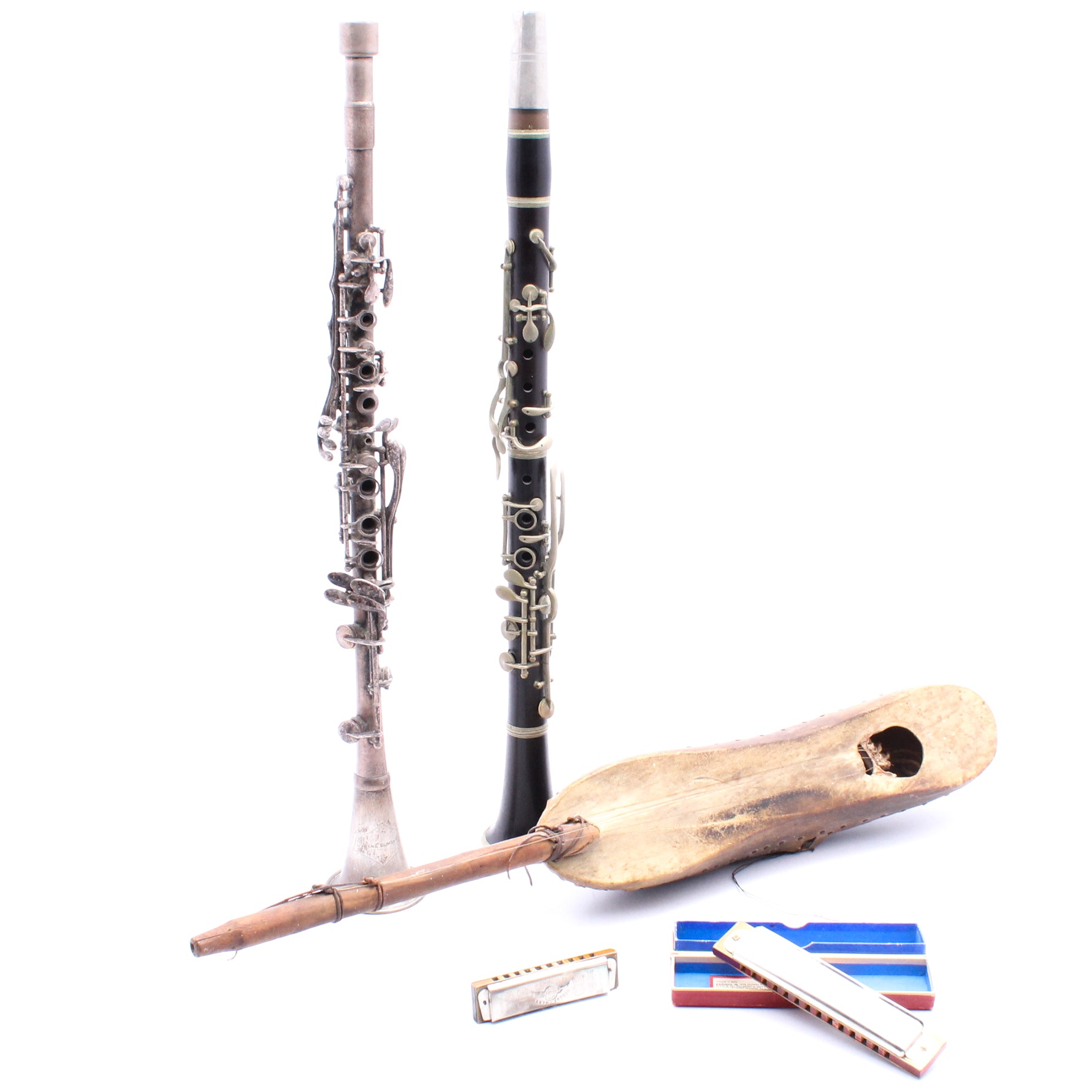 Musical Instruments Featuring Clarinets and Harmonicas